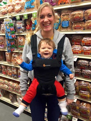 Susannah Lago of Wauwatosa wanted to connect with other working moms in the Milwaukee area. So, she created Working Moms of Milwaukee, a community engagement organization.