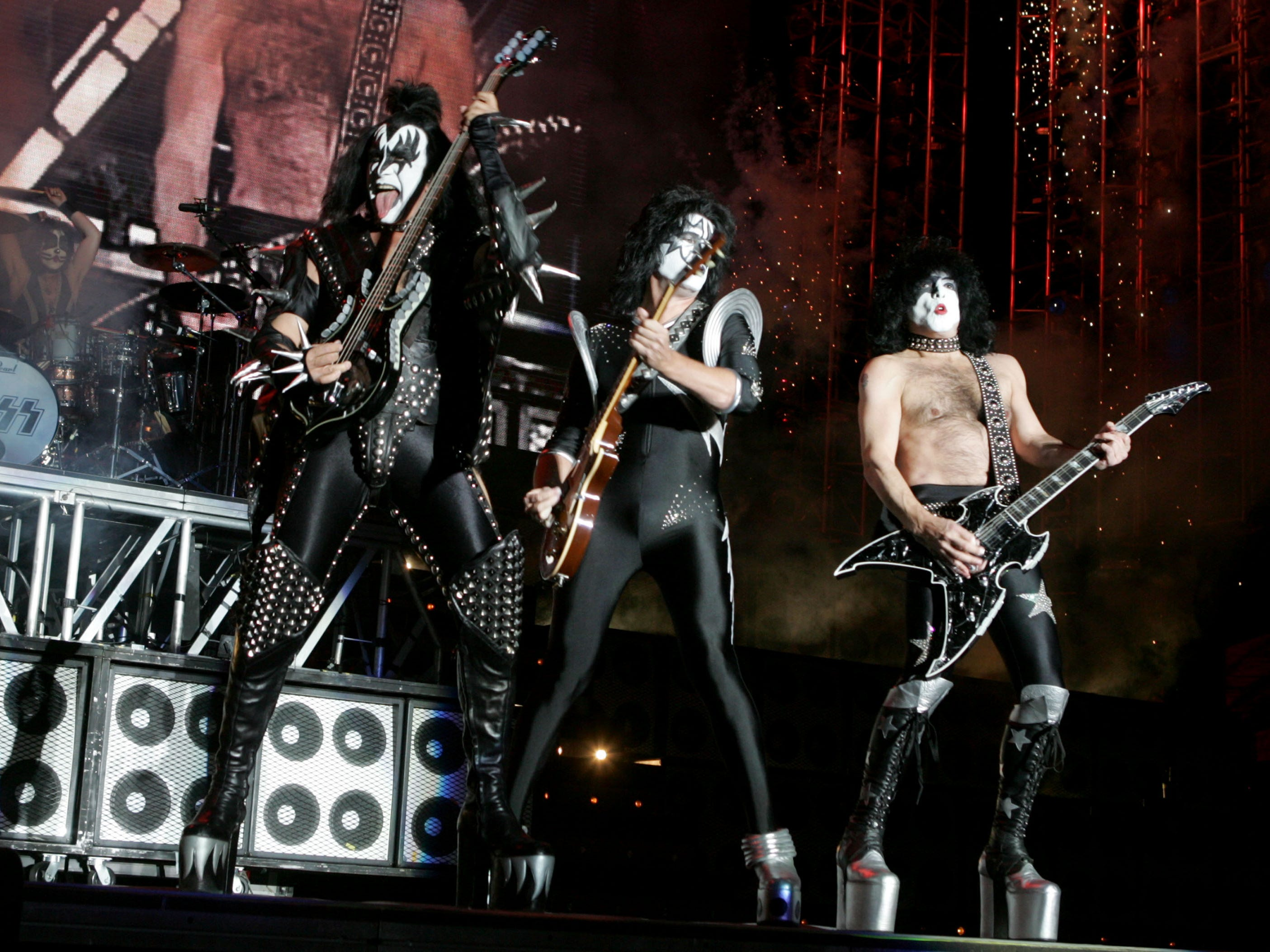 SAN DIEGO, CA - APRIL 1: Gene Simmons and Paul Stanley of Kiss perform at 'Rockin' The Corps An American Thank You Celebration Concert' at Camp Pendleton on April 1, 2005 in San Diego, California. (Photo by Kevin Winter/Getty Images)