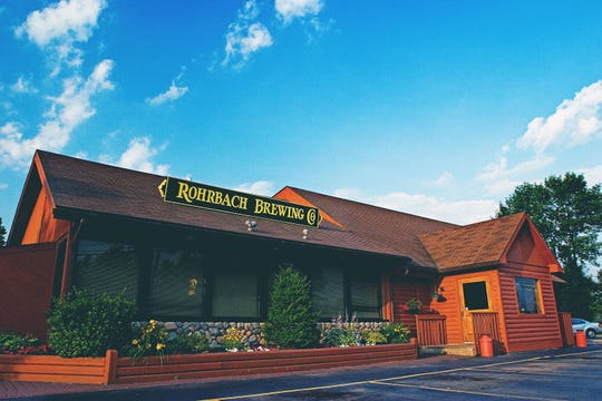 The Rohrbach Buffalo Road Brewpub serves American and German pub fare plus many craft beers.