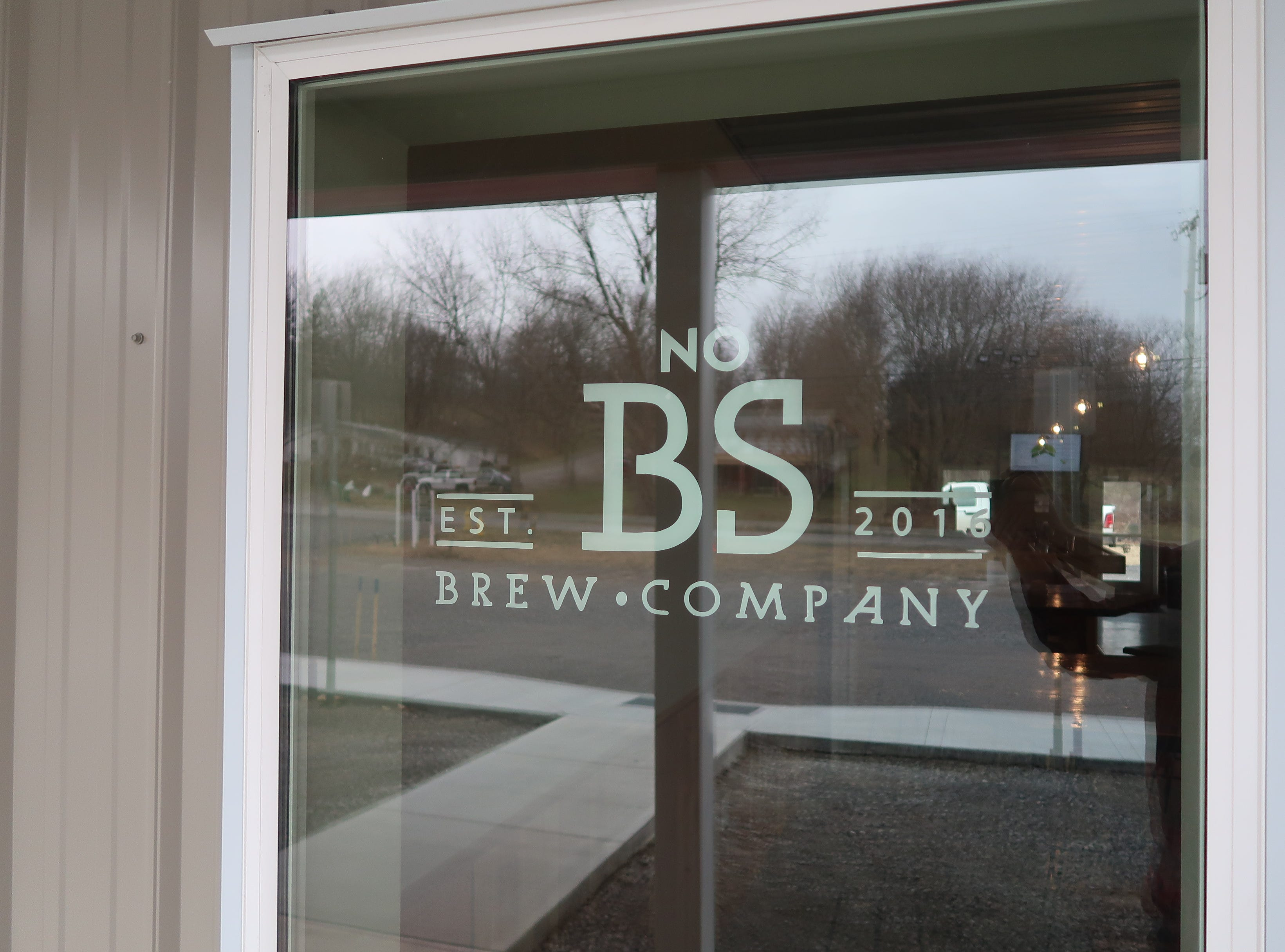The front window at No BS Brew Company in Livonia.