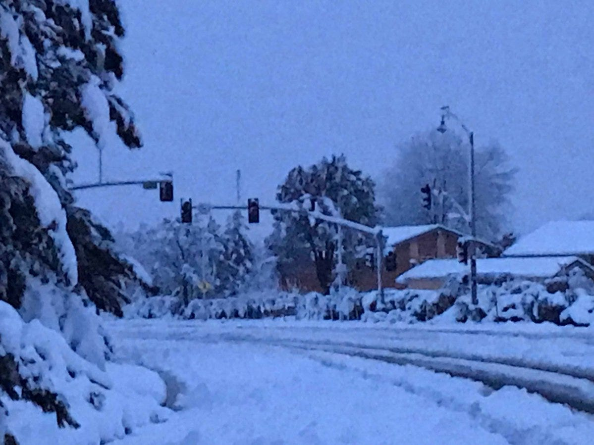 Traffic lights, power was out on Hilltop Drive Wednesday morning after 13 inches of snow hit Redding.