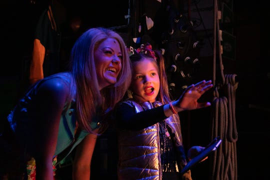 Palmer enjoyed watching the show backstage with cast members.
