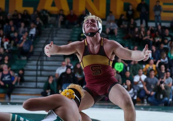After winning a CIF individual title, Simi Valley High's Nico Hanessian will compete in the CIF-SS Masters this weekend with a chance to qualify for the state meet.