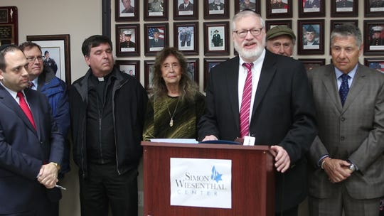 Rabbi Moshe Weisberg, of the Lakewood Vaad, calls on the Jackson Township Council to pass a resolution formally denouncing Rise Up Ocean County.