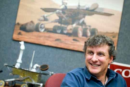 Cornell professor Steven Squyres, principal scientific investigator for the Mars Rover mission, visited Washington, D.C. in 2014, for an exhibit at the Smithsonian's National Air and Space Museum.