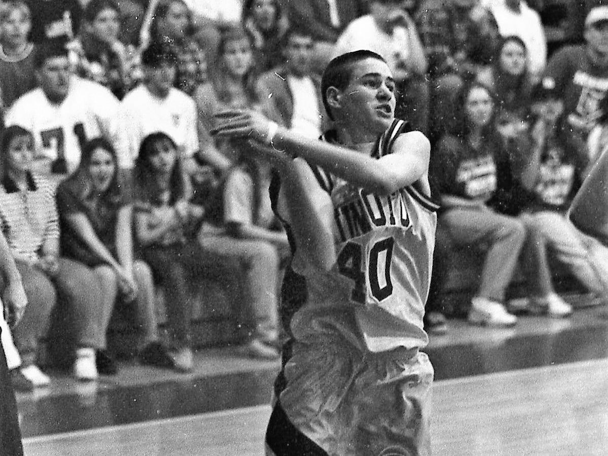 Zane Trace vs Unioto boys basketball in December 1996.