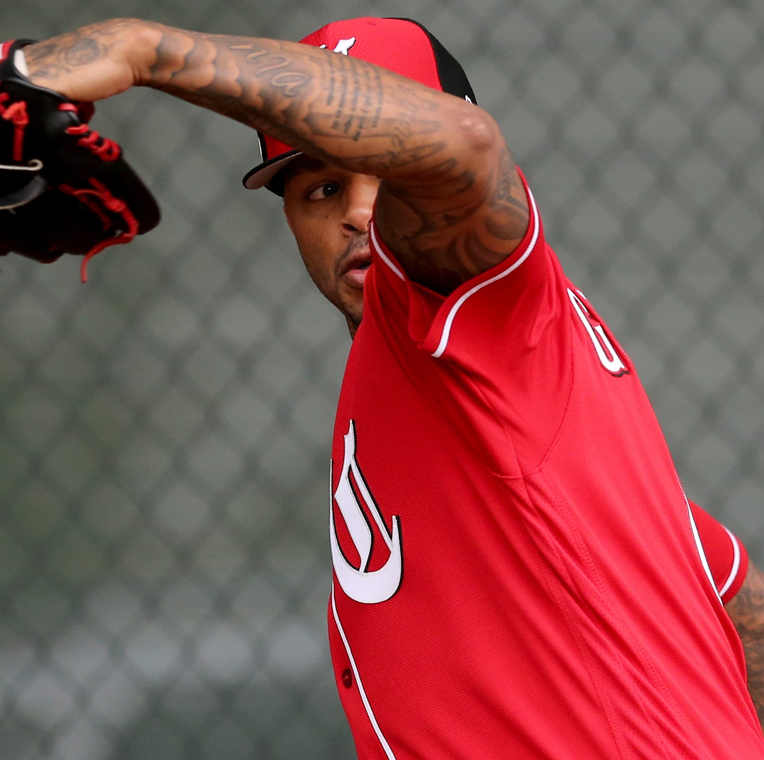 José Peraza homers in Cincinnati Reds' 8-3 spring training loss to the Kansas City Royals