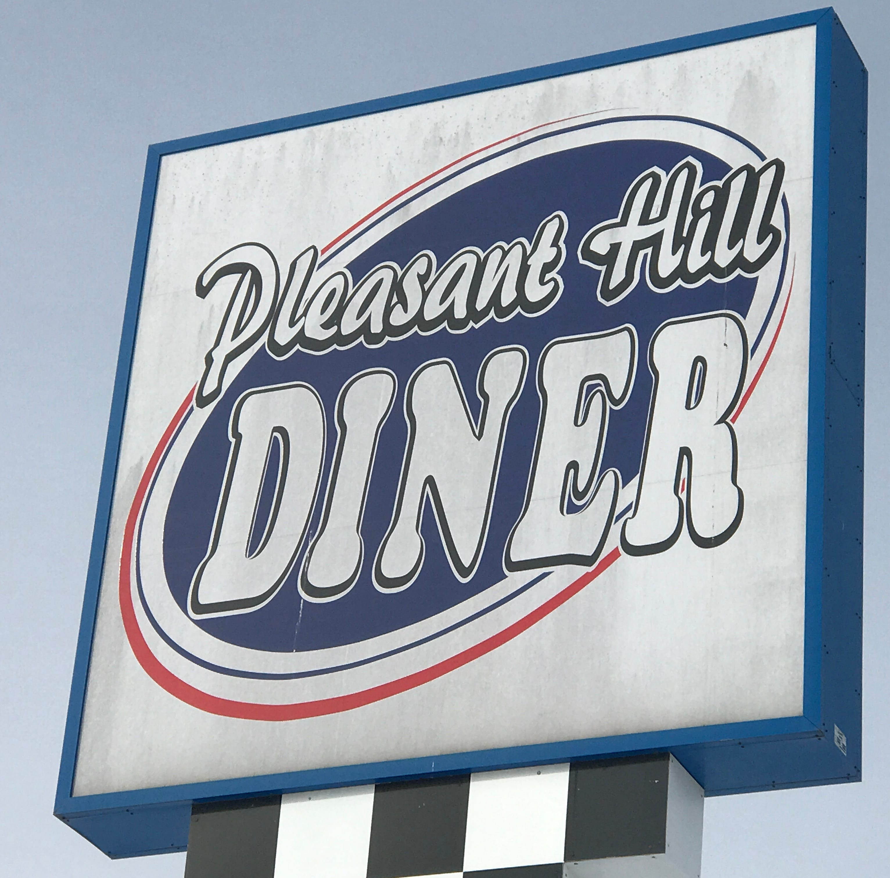 Classic 1950s diner opens its doors for breakfast, lunch and dinner in Pleasant Hill
