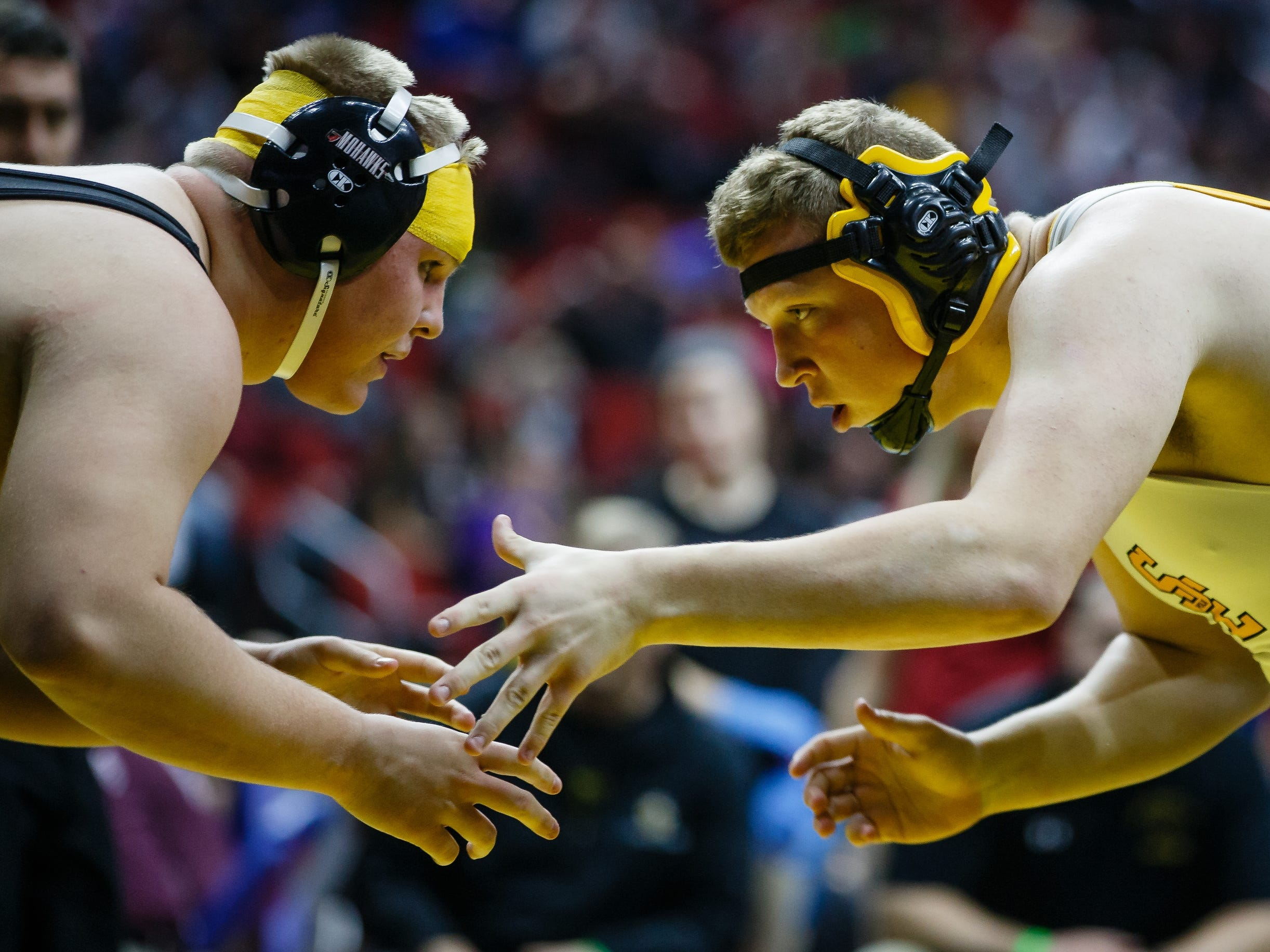 Troy Monahan of Mason City wrestles Connor Brown of Southeast Polk during their 3A 285 lb match at the state wrestling tournament on Thursday, Feb. 14, 2019 in Des Moines.