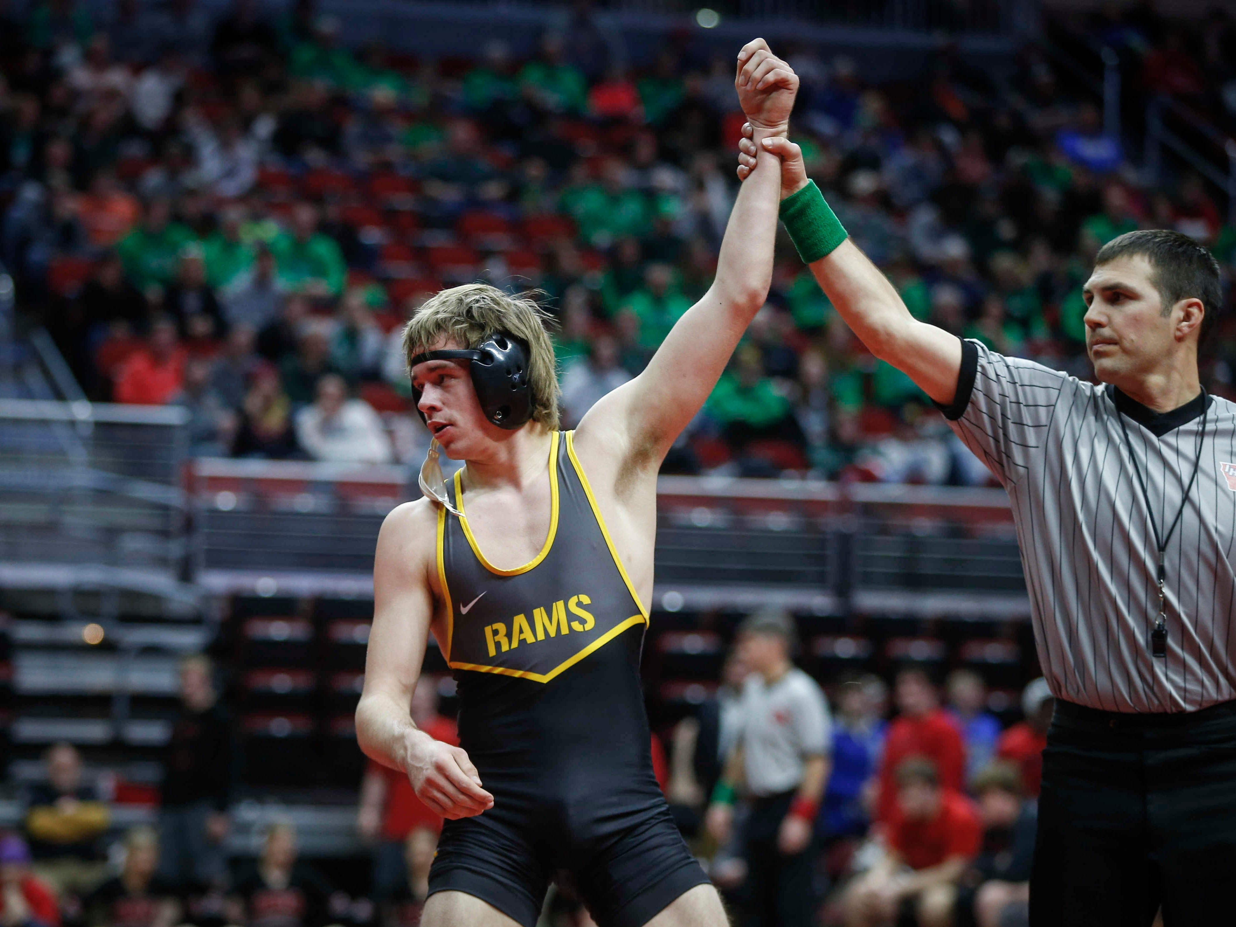 Southeast Polk's Camden Baarda beat Waverly-Shell Rock's Cayden Langreck at 145 pounds during the 2019 Iowa high school dual wrestling state tournament on Wednesday, Feb. 13, 2019, at Wells Fargo Arena in Des Moines.