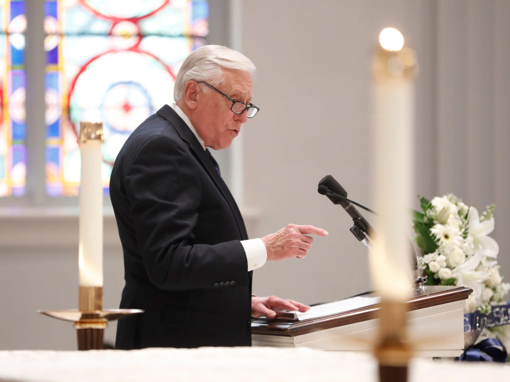 Rep. Steny Hoyer, D-Md., addresses the funeral for former Rep. John Dingell, D-Dearborn.
