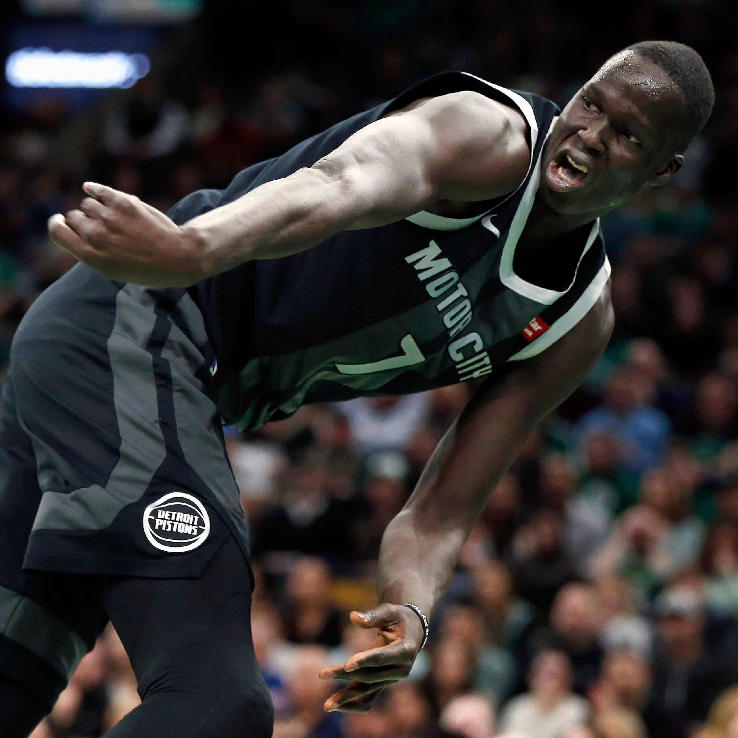Maker's mark: Go-ahead shot big for Pistons' Thon Maker