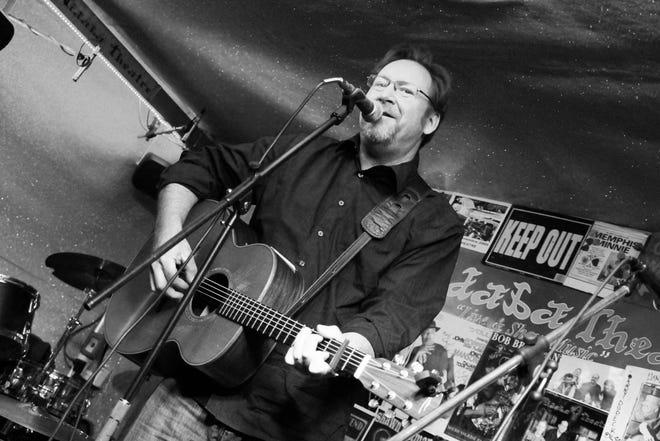 Singer-songwriter Tim Grimm will join Door County's Katie Dahl in concert Sunday at the Kress Pavilion in Egg Harbor.