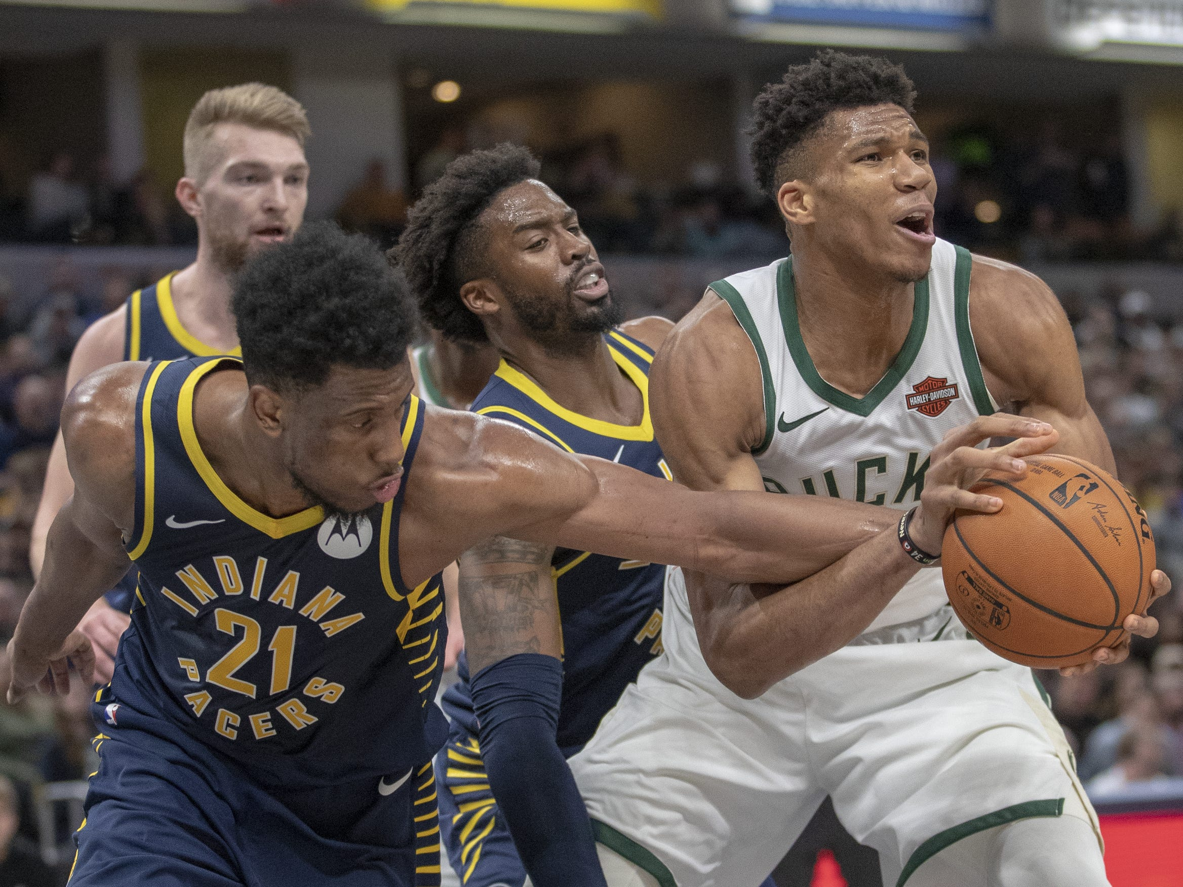 Pacers grind to halt late, head into All-Star break with loss