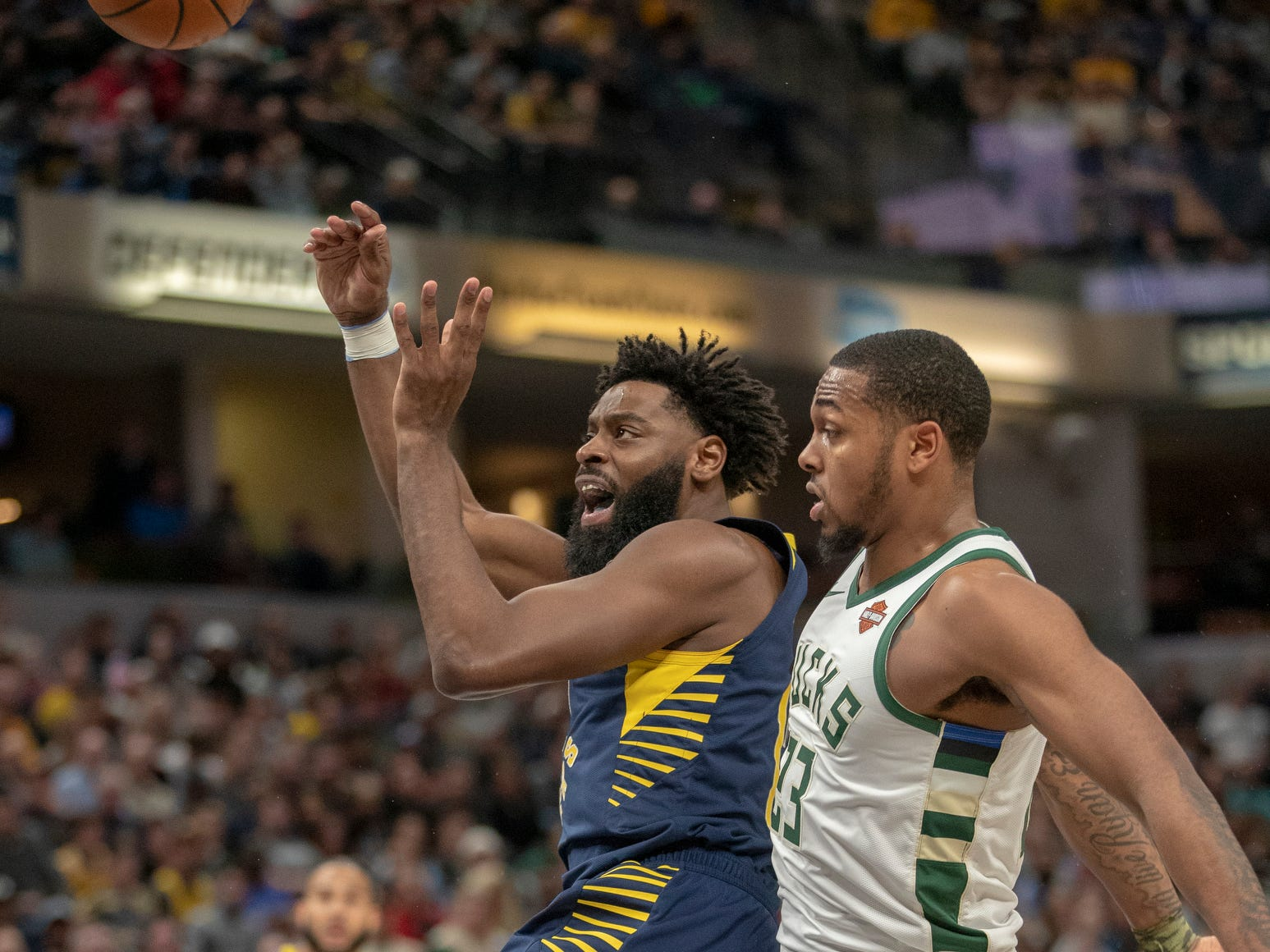 Tyreke Evans of the Indiana Pacers flicks a ball to a teammate during second half action, Bankers Life Fieldhouse, Indianapolis, Wednesday, Feb. 13, 2019. Milwaukee won 106-97.