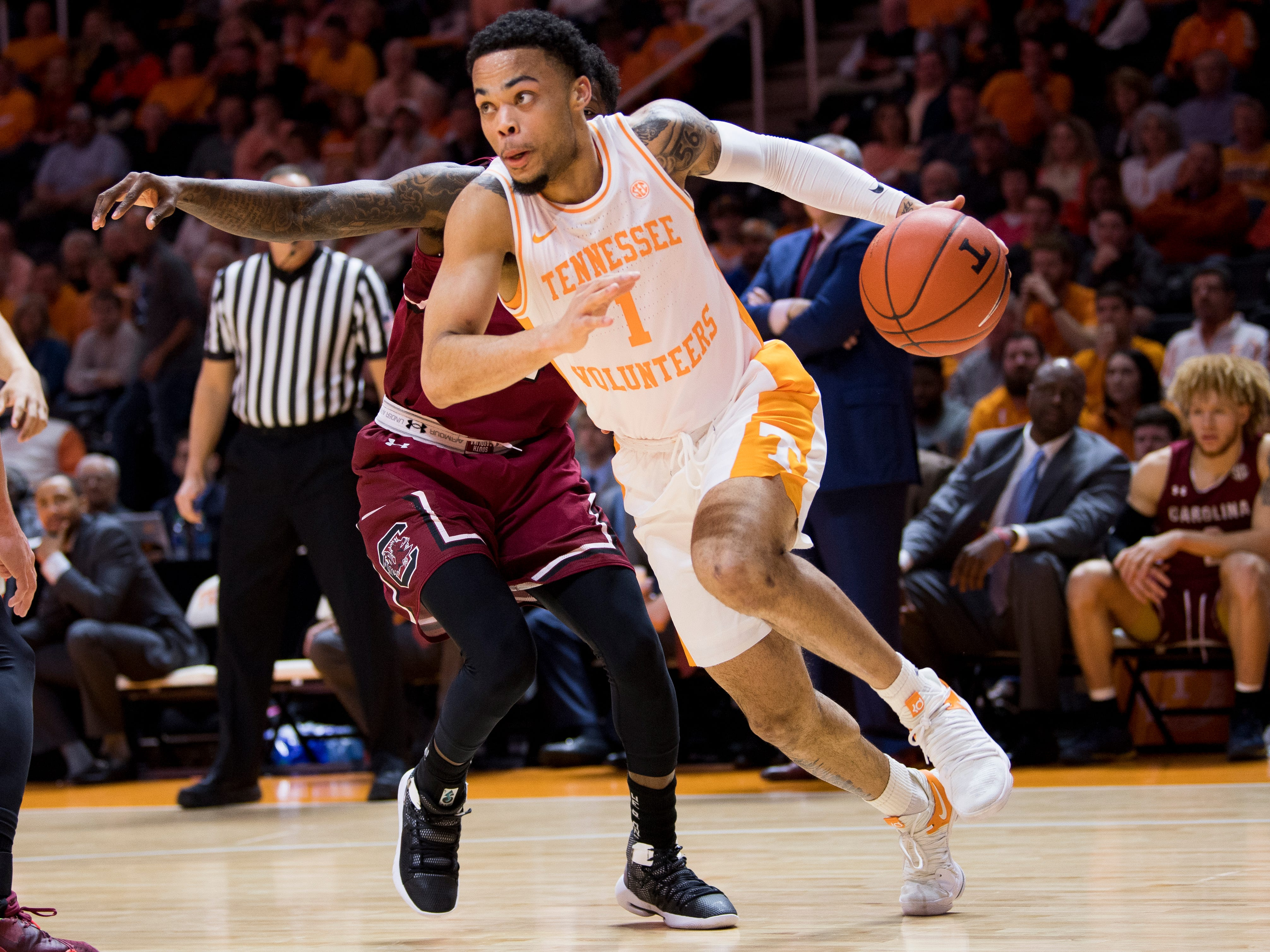 Tennessee guard Lamonte Turner (1) drives down court during Tennessee's home SEC game against South Carolina at Thompson-Boling Arena in Knoxville on Wednesday, February 13, 2019.