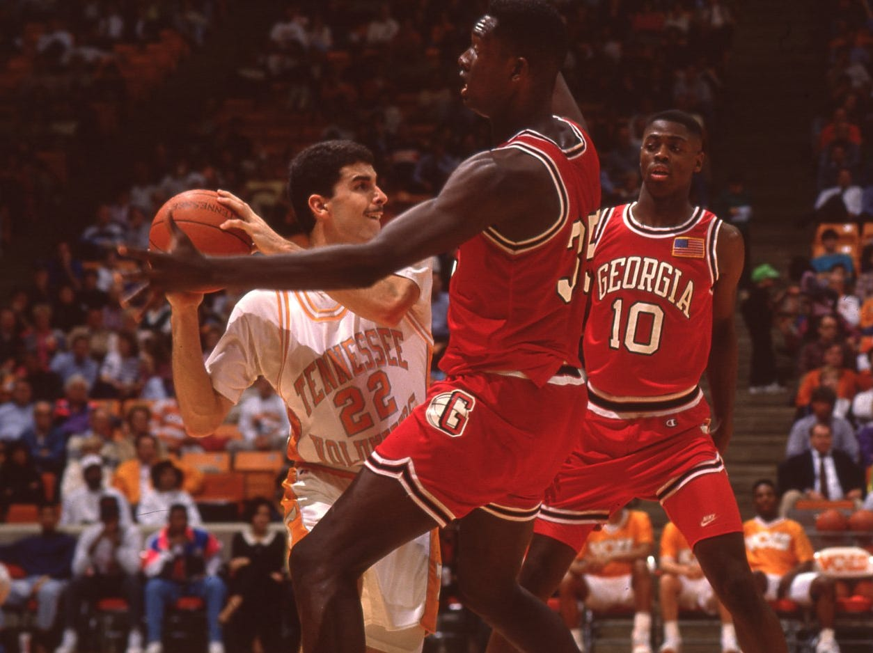Georgia's Shaun Golden and Neville Austin stop Tennessee's Lang Wiseman in the back court in February 1991.