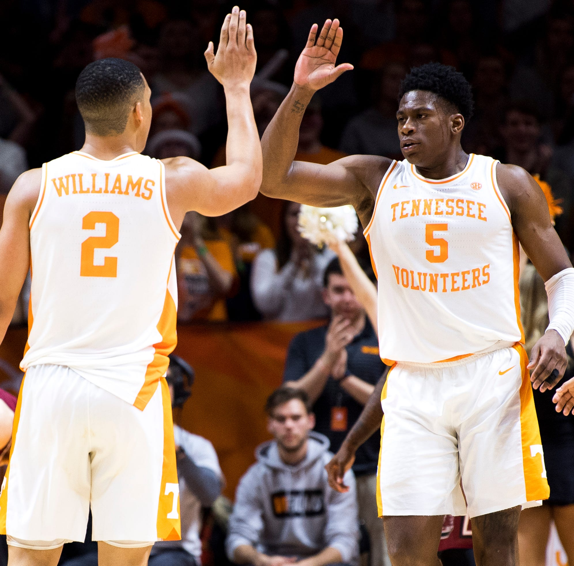 Voices of the SEC: Tennessee's experience or Kentucky's youth?
