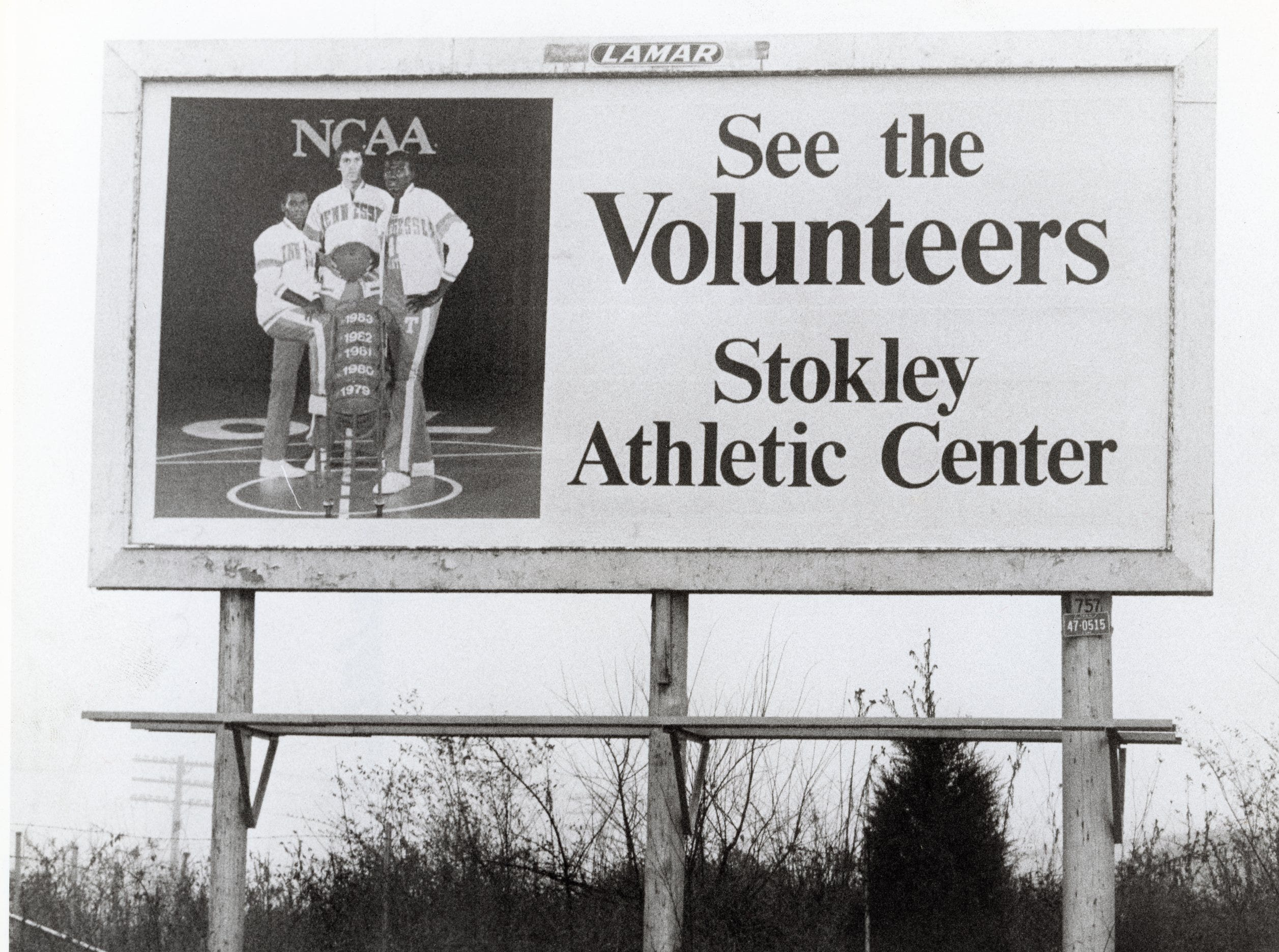 A UT basketball billboard at Liberty St. and Middlebrook Pike in January 1984.