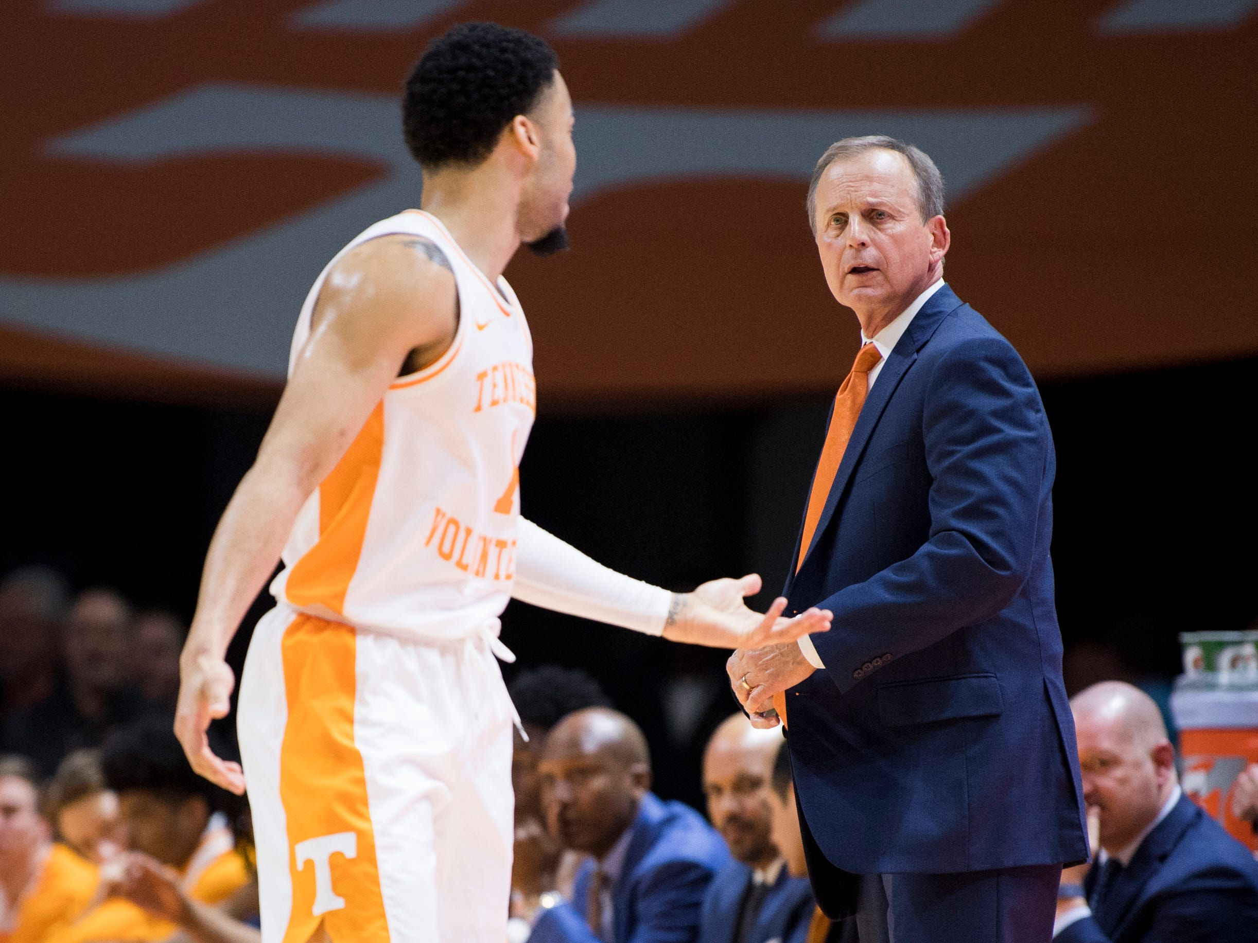 Tennessee Head Coach Rick Barnes yells at Tennessee guard Lamonte Turner (1) during Tennessee's home SEC game against South Carolina at Thompson-Boling Arena in Knoxville on Wednesday, February 13, 2019.