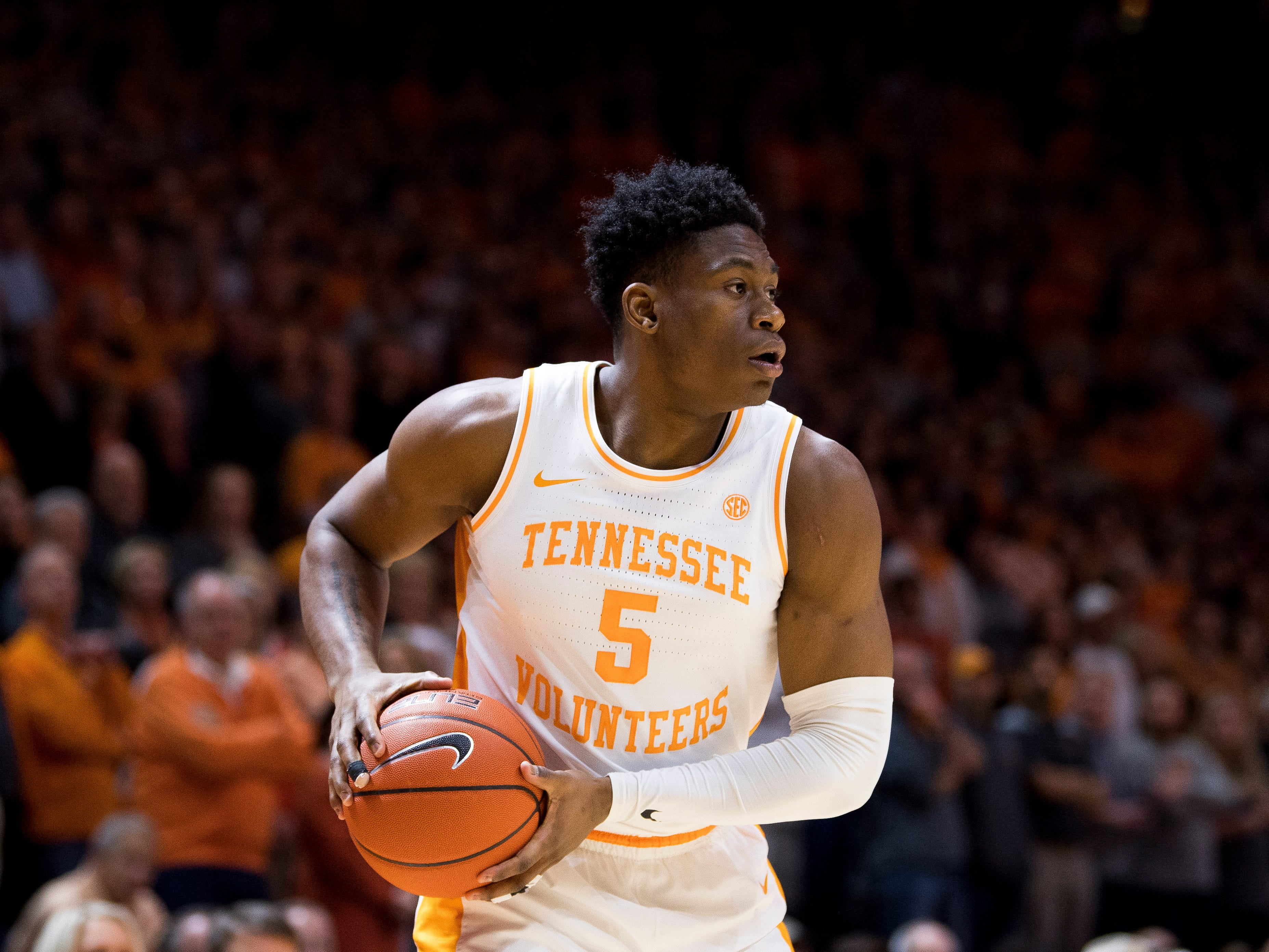 Tennessee guard Admiral Schofield (5) during Tennessee's home SEC game against South Carolina at Thompson-Boling Arena in Knoxville on Wednesday, February 13, 2019.