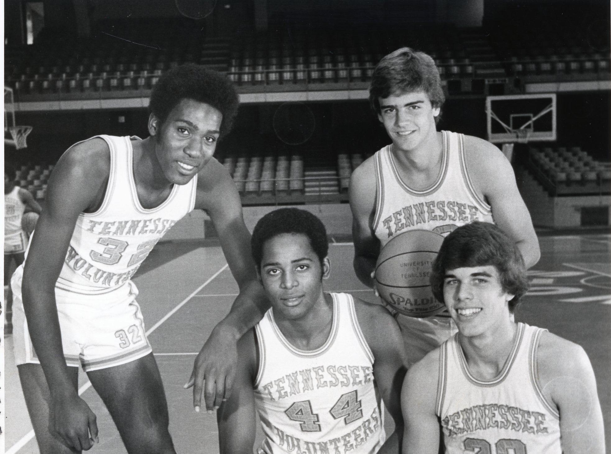 Tennessee's Chuck Threeths (44), Mike Stapleton (20), Reggie Johnson (32) and Bert Bertelkamp in October 1976.