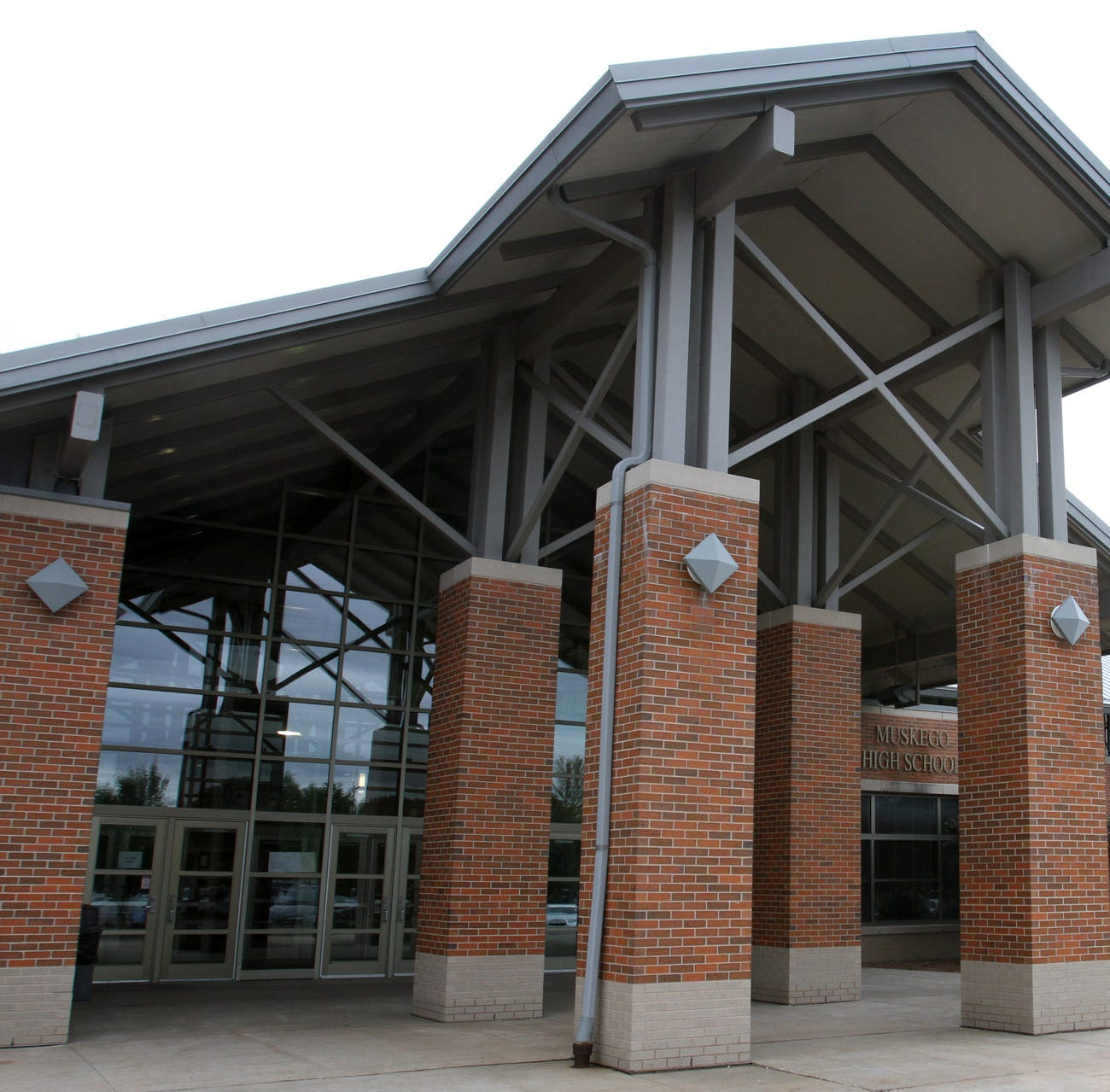 Classes still on at Muskego High School despite social media shooting threat