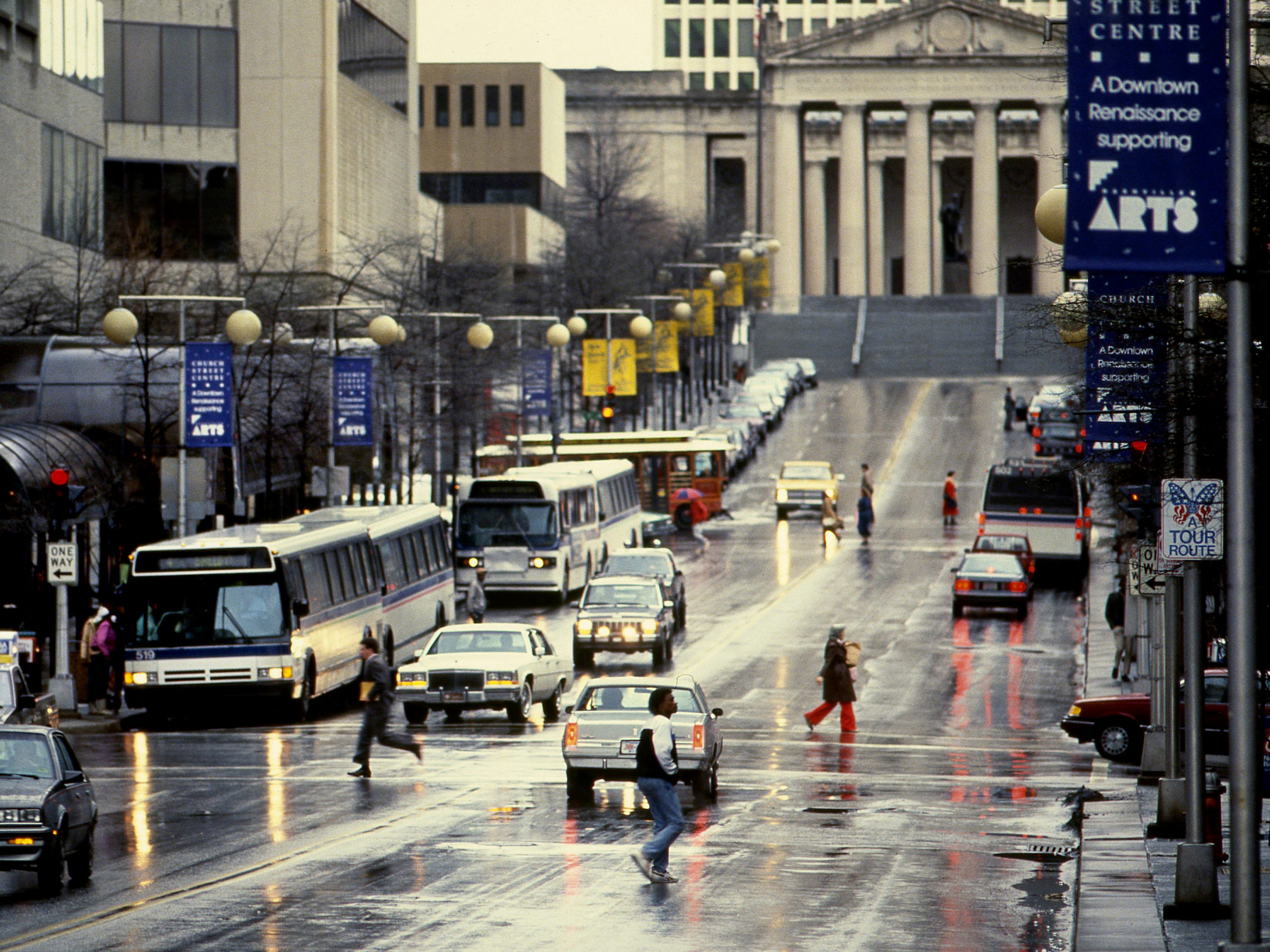 A steady drizzle and cold winds reminded downtown workers that winter had finally arrived Feb. 3, 1989.