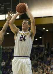 Garrison Mathews helped lead Lipscomb in Wednesday's game against Liberty at Allen Arena.