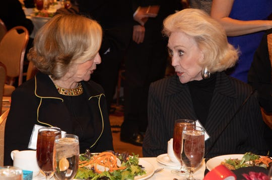 (left to right) Helene Galen and Nelda Linsk.