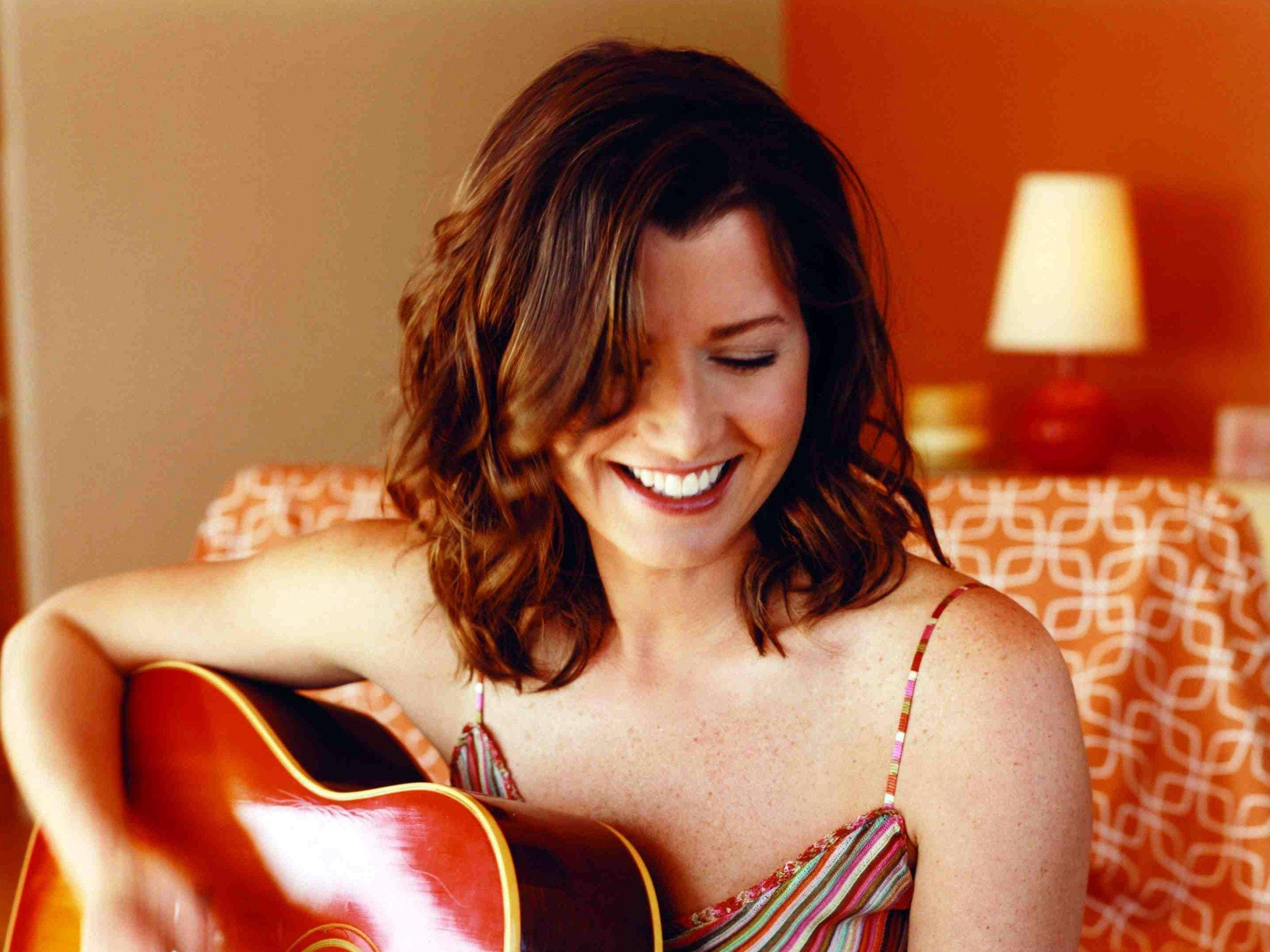 Amy Grant in a 2003 promotional photo.