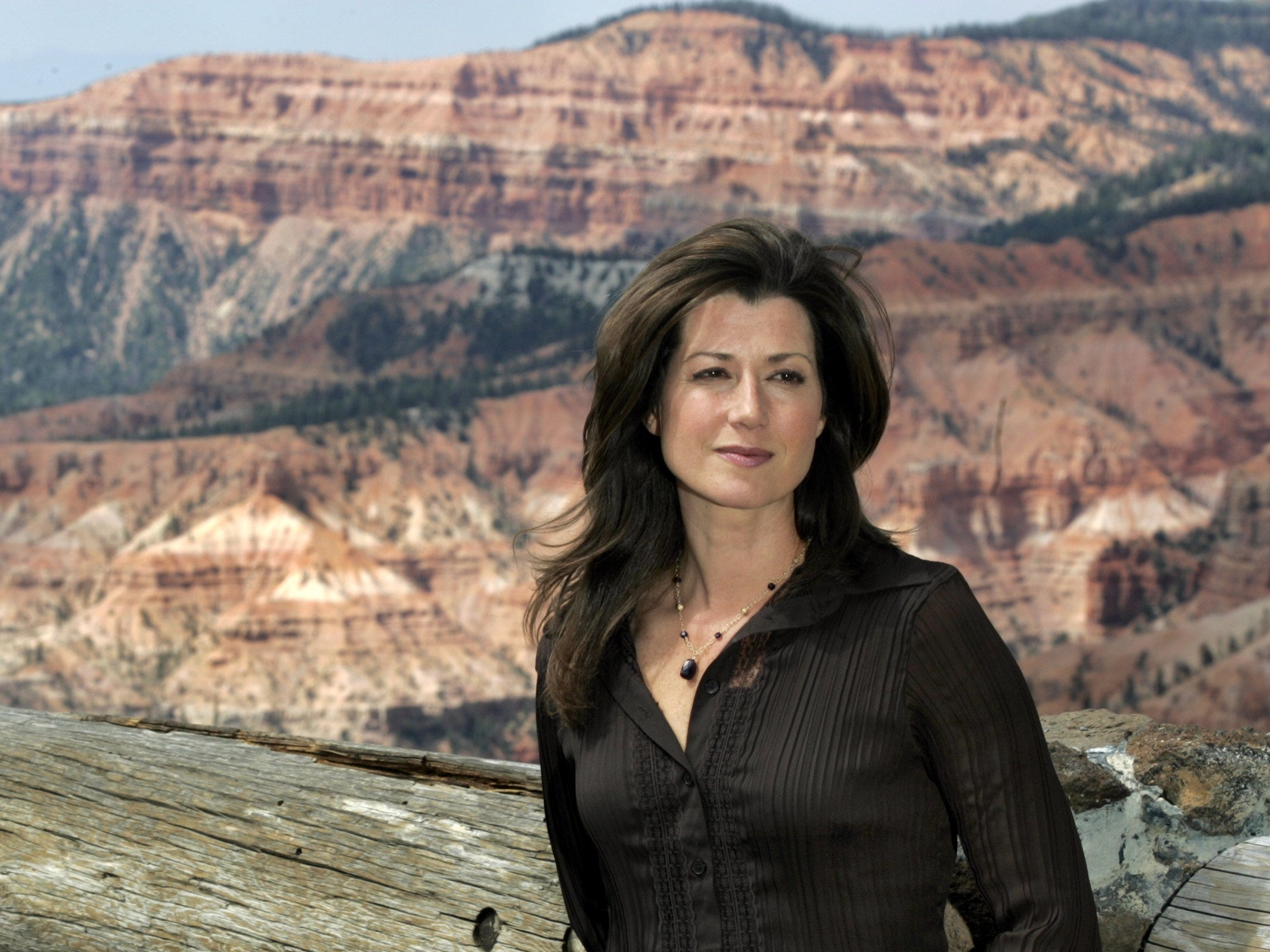 "Amy Grant turned reality-TV star in 2005 for the NBC series ""Three Wishes."""
