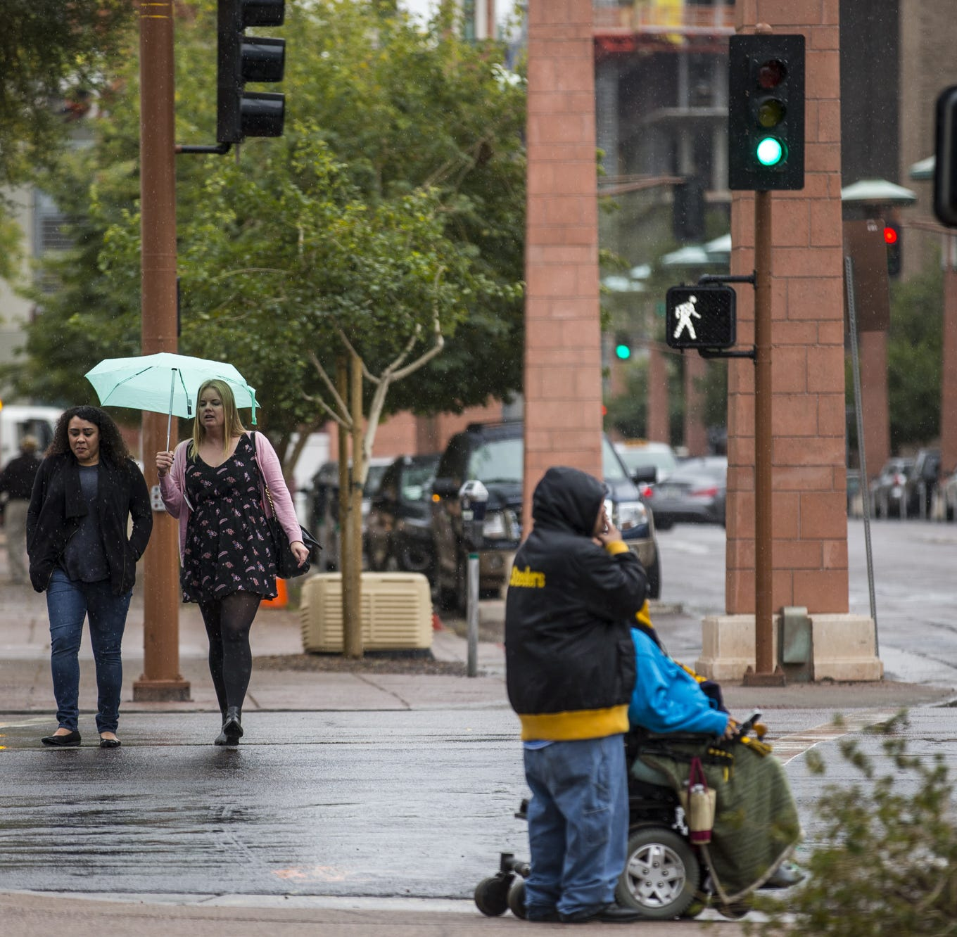 Colder temperatures in store for Phoenix: This weekend and beyond