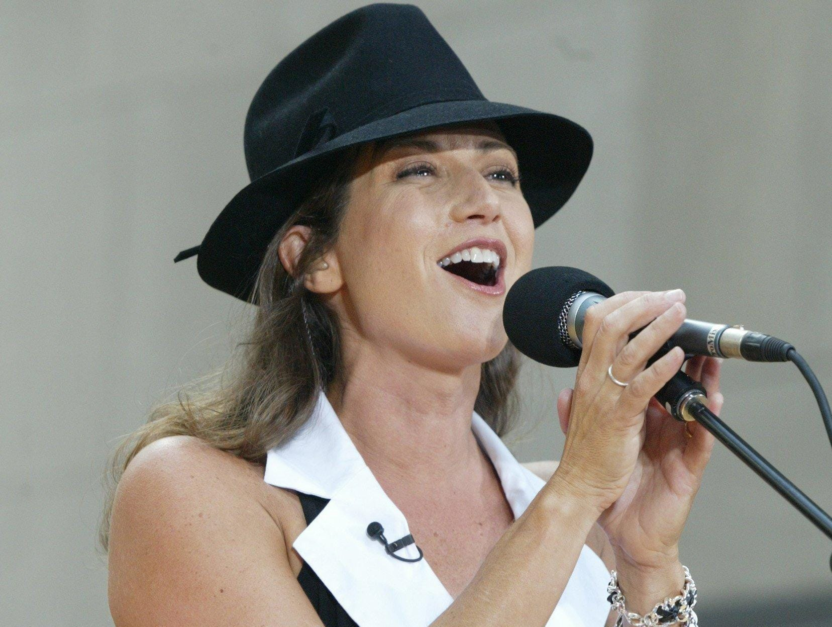 "Amy Grant performs at New York's Rockefeller Plaza during the ""Today"" Summer Concert Series in New York on Aug. 22, 2003."