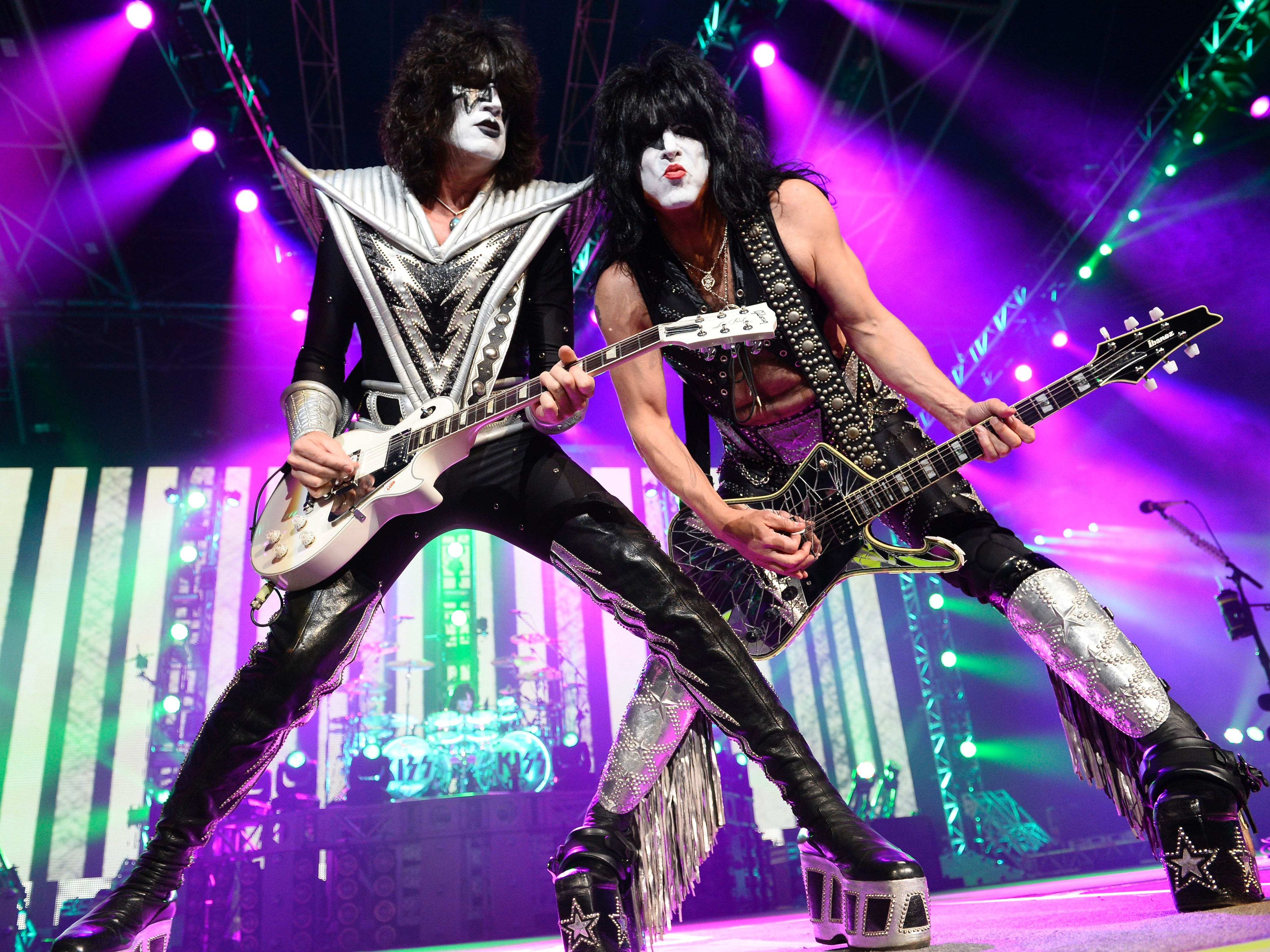 Singer and guitarist Paul Stanley (R) and guitarist Tommy Thayer of US rock band Kiss perform on stage at the Zenith in Paris on June 16, 2015/AFP PHOTO BERTRAND GUAY / AFP / BERTRAND GUAY        (Photo credit should read BERTRAND GUAY/AFP/Getty Images)