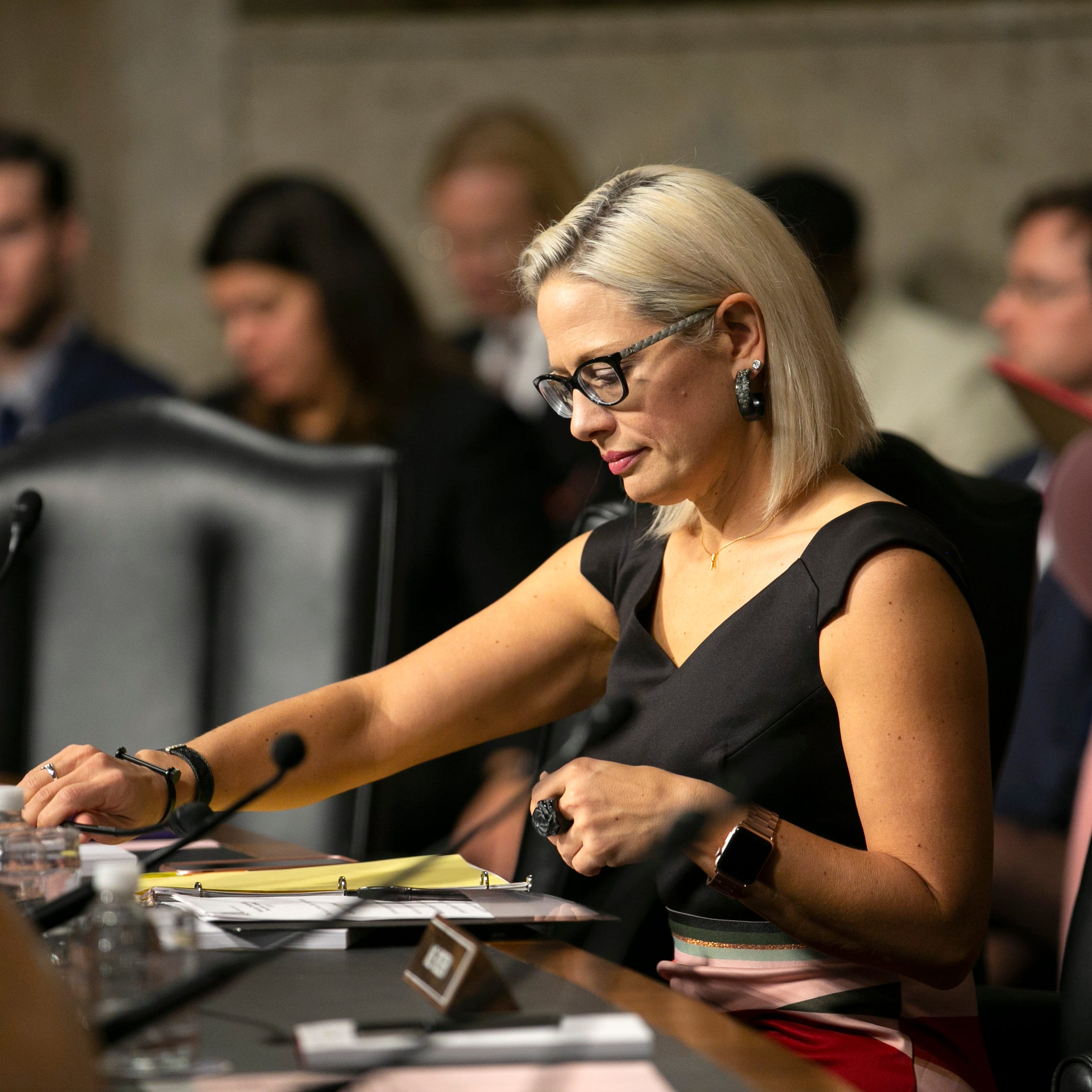 Kyrsten Sinema sides with Republicans to vote against 'Green New Deal'