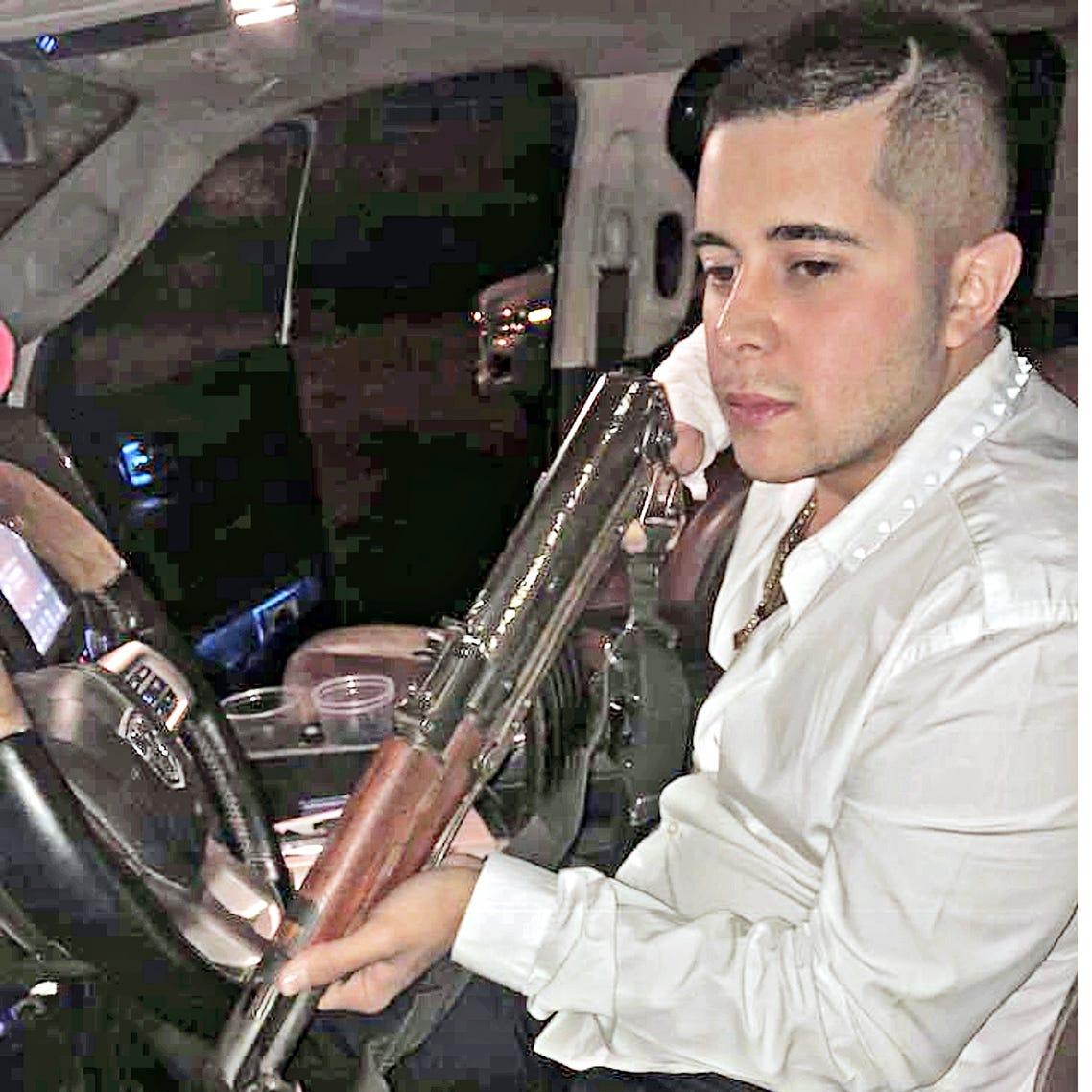 Asesinan a cantante de 'narco-corridos' en Jalisco