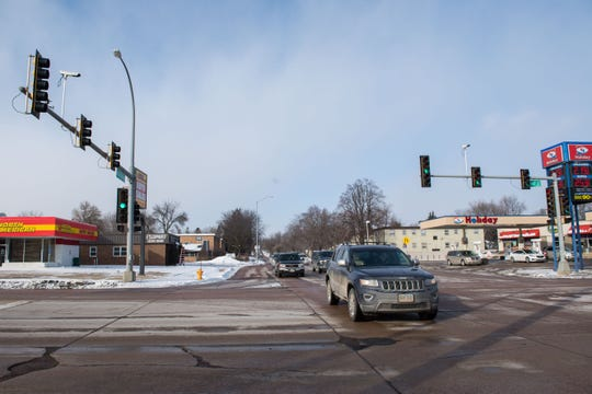 41st Street and Western Avenue intersection is shown, Thursday, Feb. 14, 2019 in Sioux Falls, S.D.