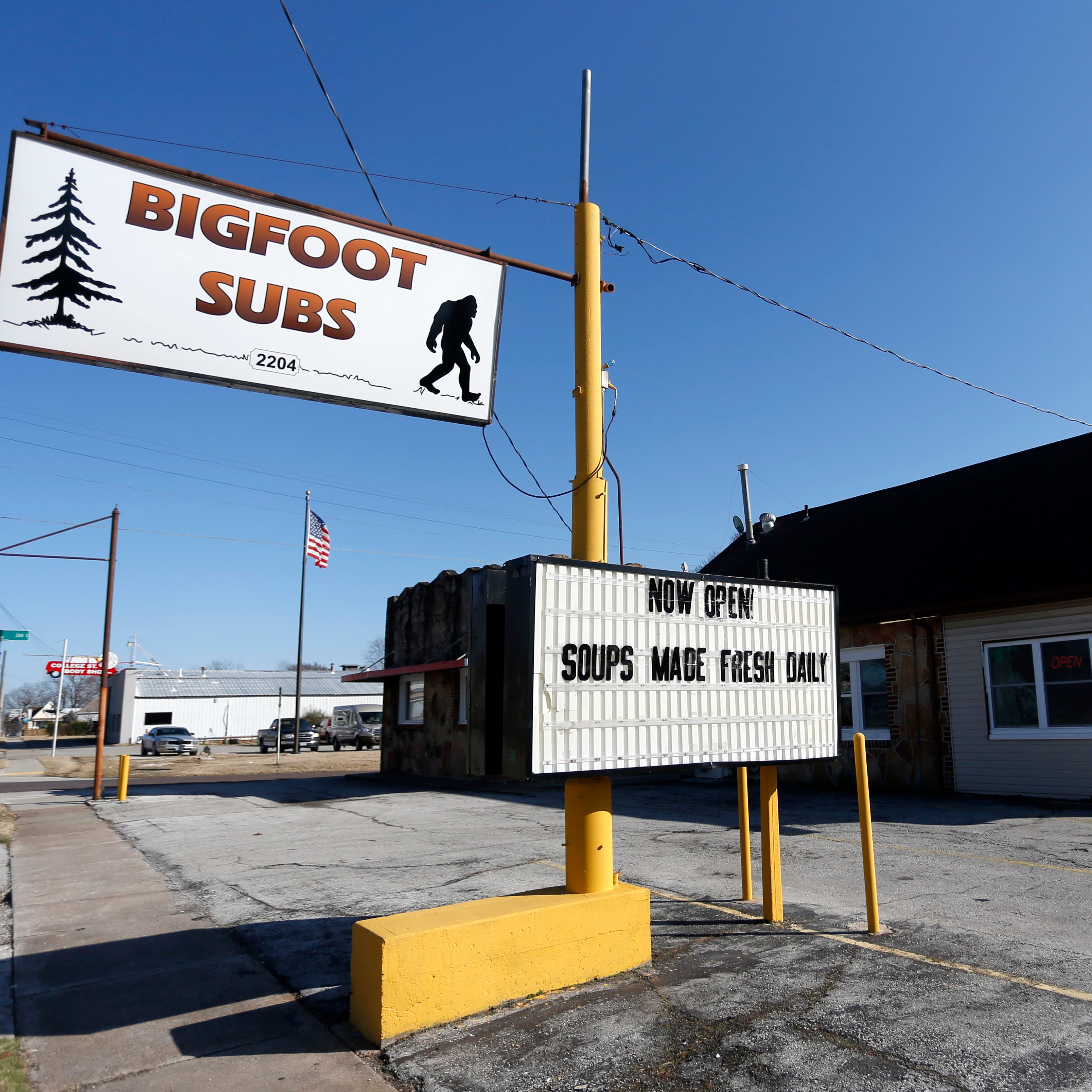 Army vet turns dilapidated motor court from Route 66 heyday into family-friendly sub shop