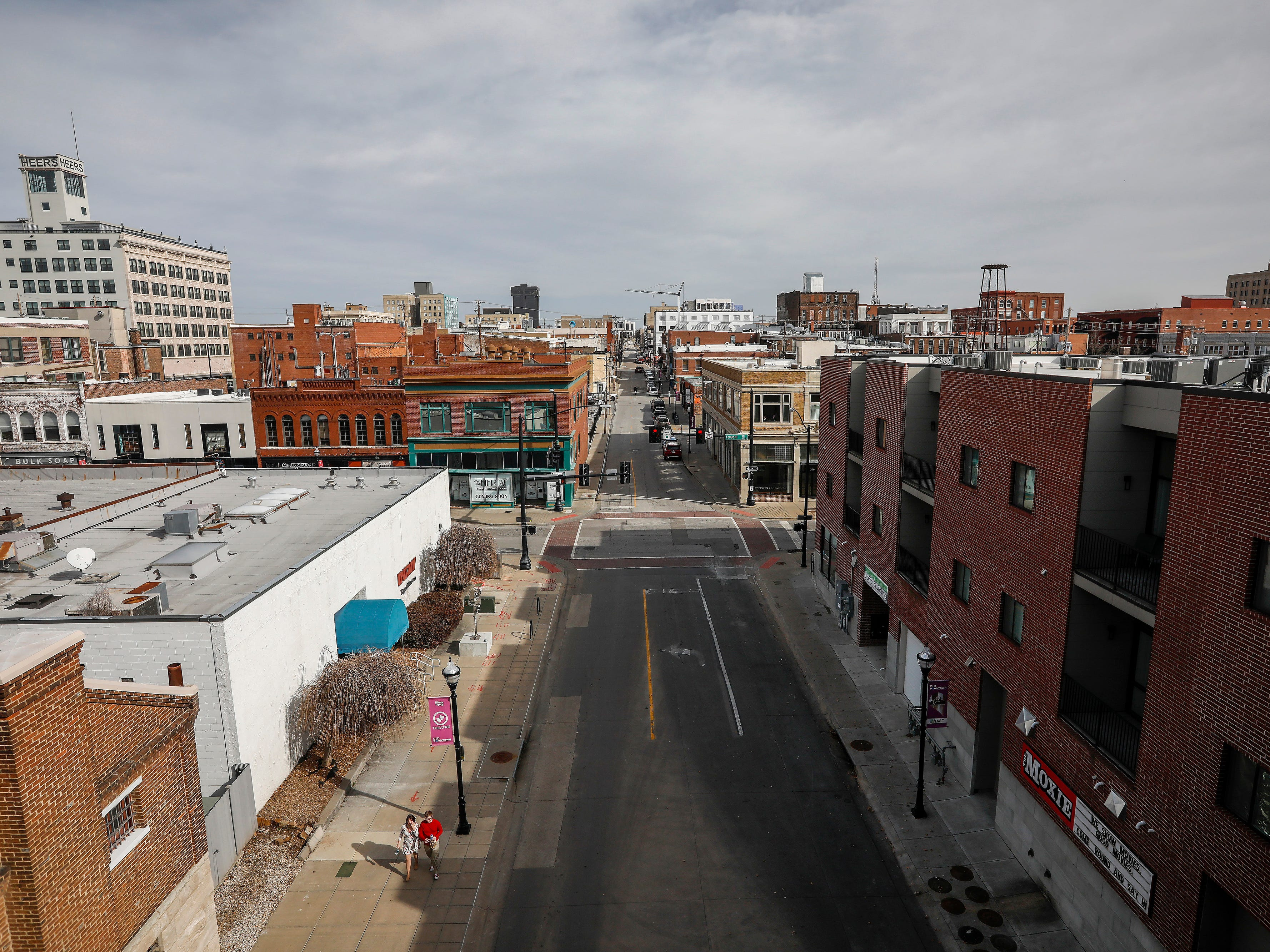 A look east down McDaniel Street  on Thursday, Feb. 14, 2019.  Temperatures were in the low 60s on Thursday.