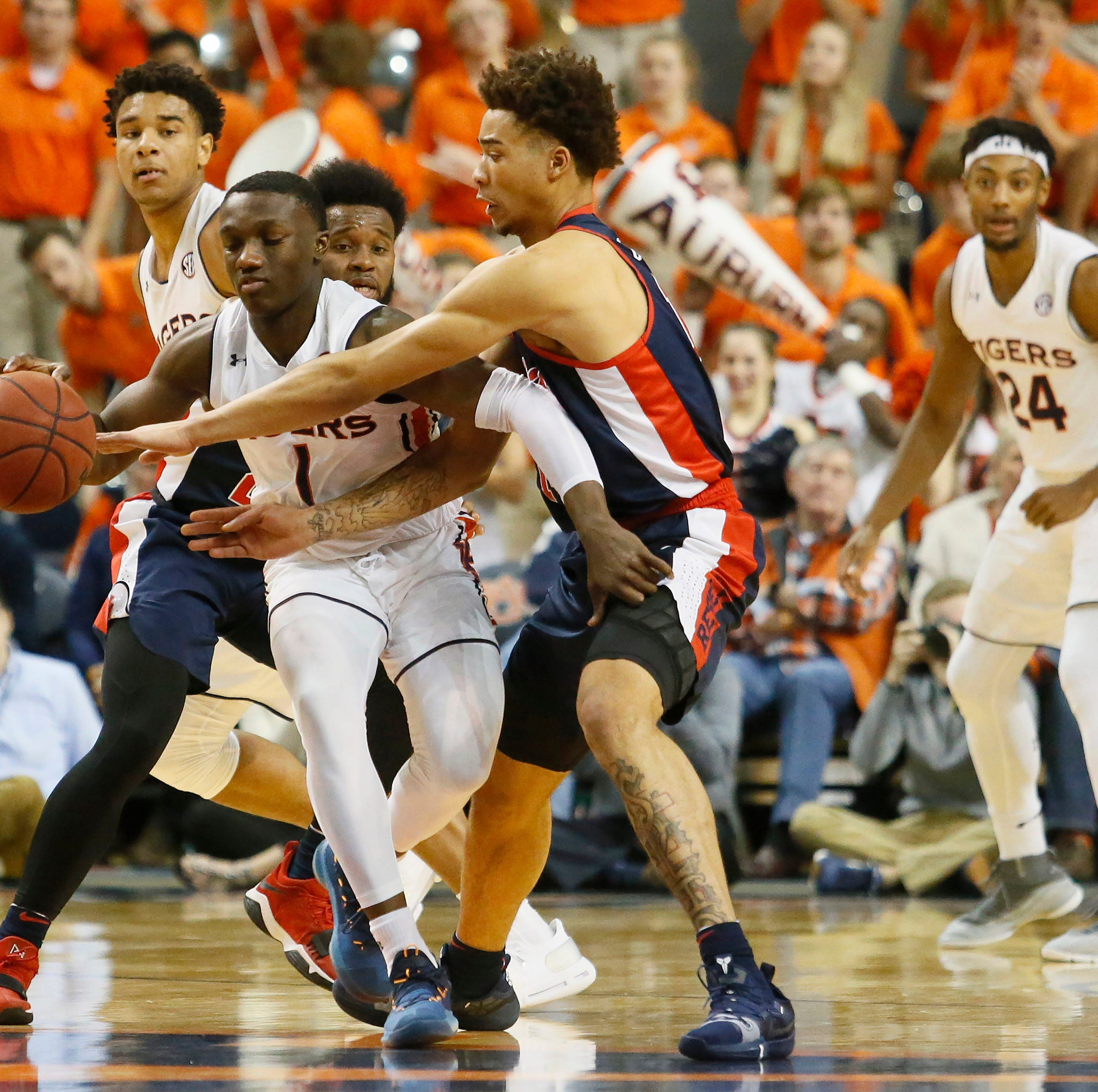 Another dominant defensive showing leads to huge Ole Miss basketball road win over Auburn
