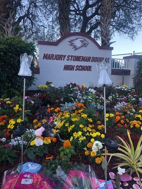 Public defenders to withdraw from parkland suspect nikolas - Douglas gardens elementary school ...