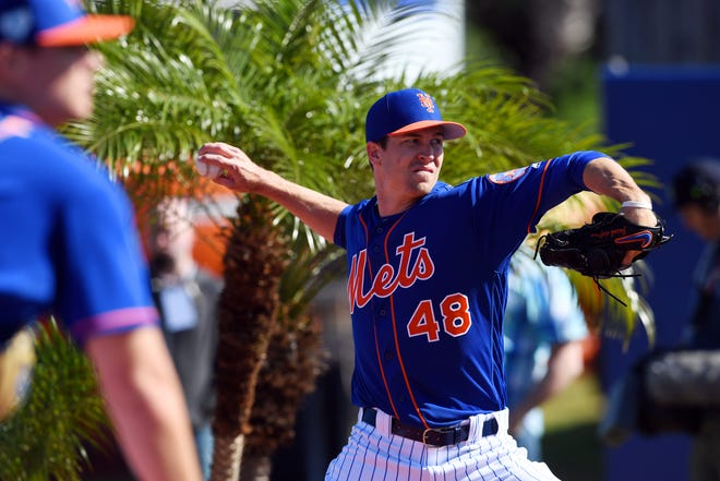 New York Mets right-handed pitcher Jacob deGrom works out with fellow pitchers on Thursday, Feb. 14, 2019, during an official spring training practice for pitchers and catchers at First Data Field in Port St. Lucie.