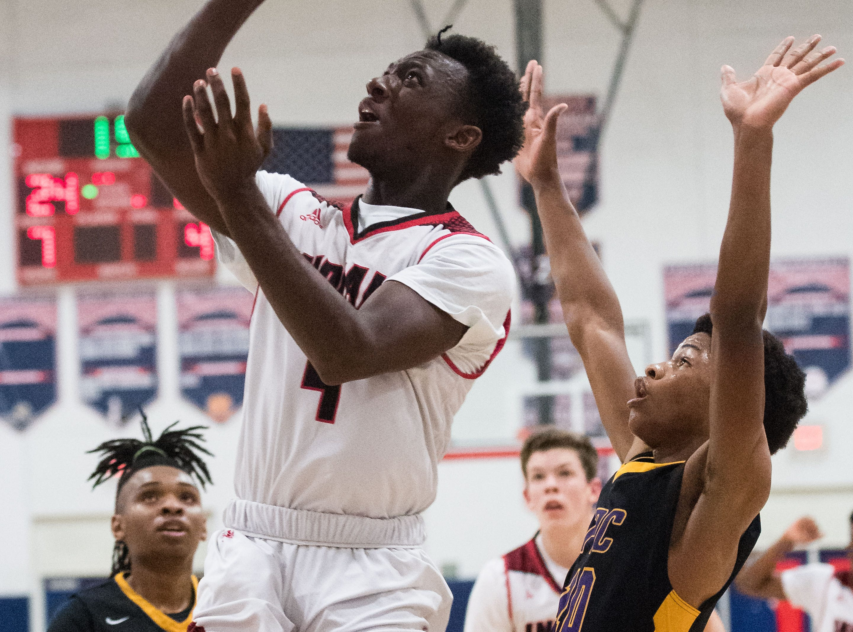 Vero Beach plays against Fort Pierce Central during the high school boys basketball District 8-9A tournament game Wednesday, Feb. 13, 2019, at St. Lucie West Centennial High School in Port St. Lucie.