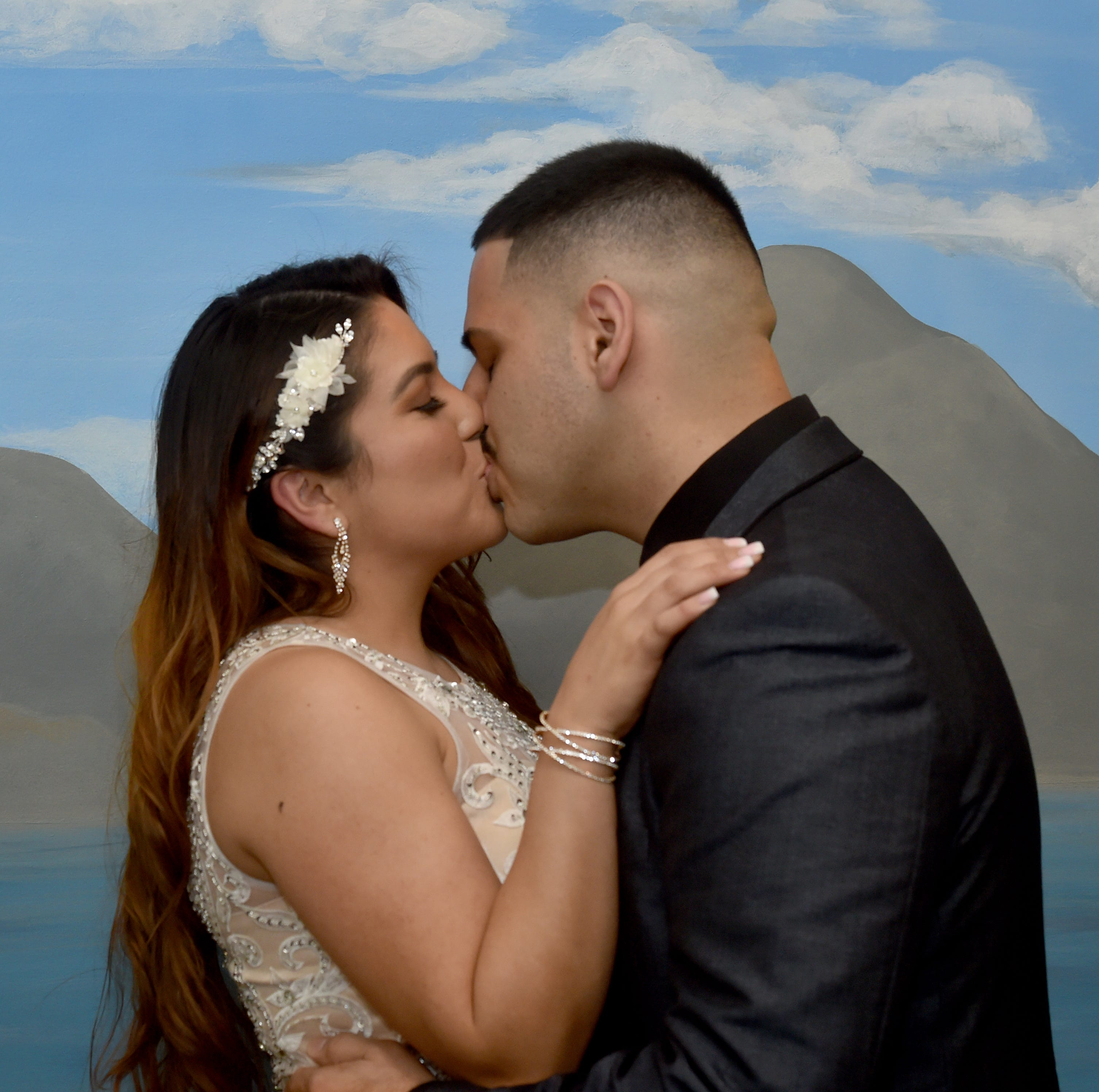 Valentine's Day weddings abound at Ventura County clerk's office