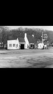Happy Belly Kitchen in its previous incarnation as a gas station in Sloatsburg.