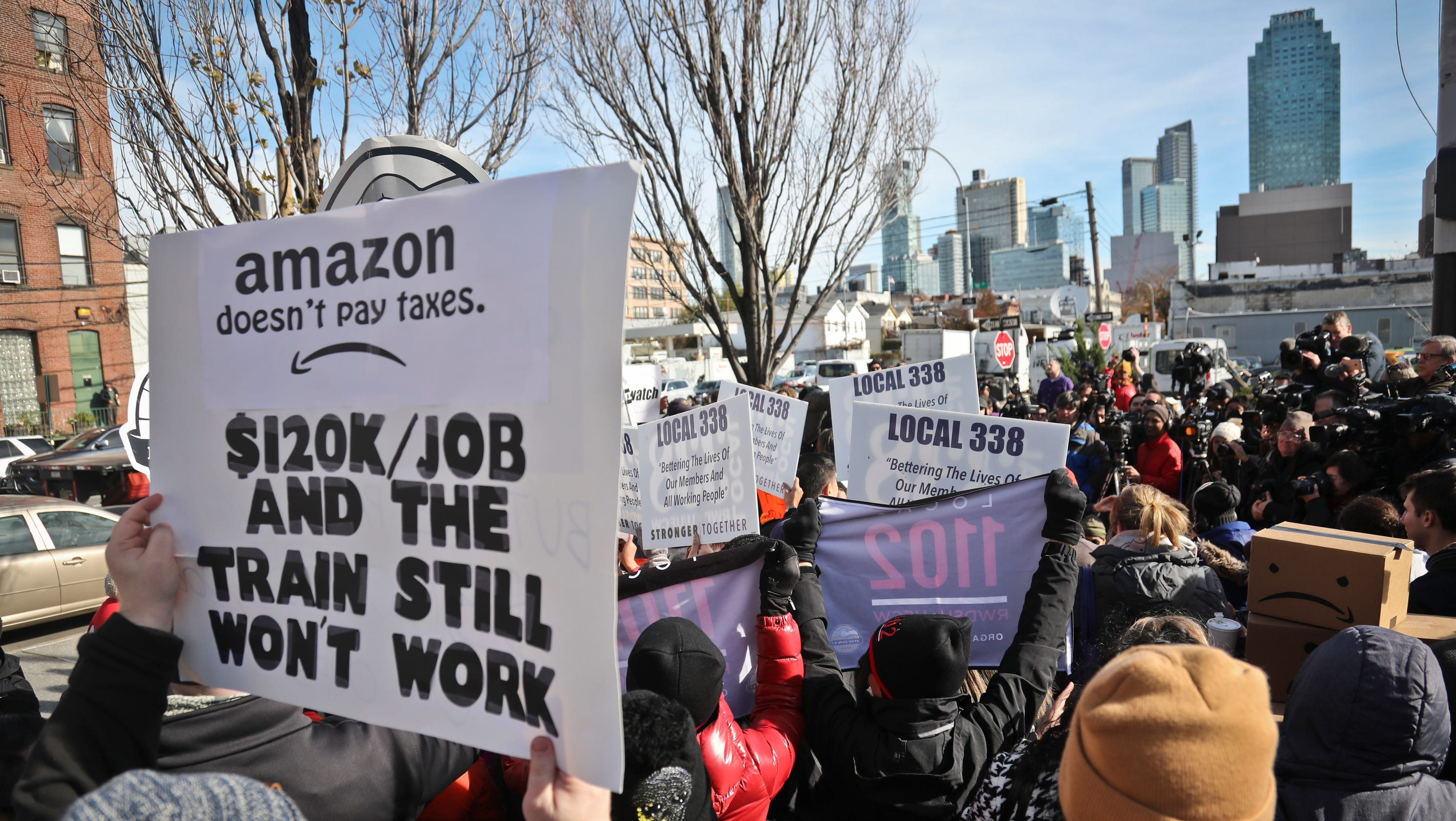 Why Amazon's huge plans for New York fell apart
