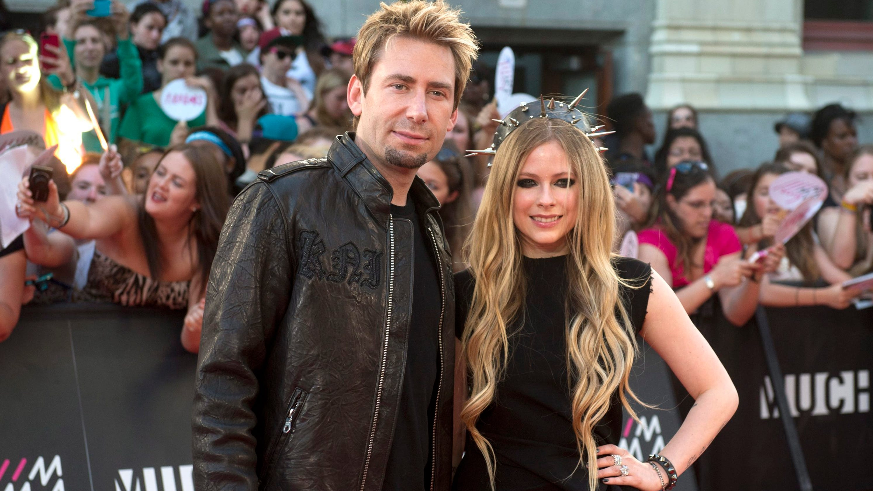 Avril Lavigne is still 'really close' with ex-husband Chad