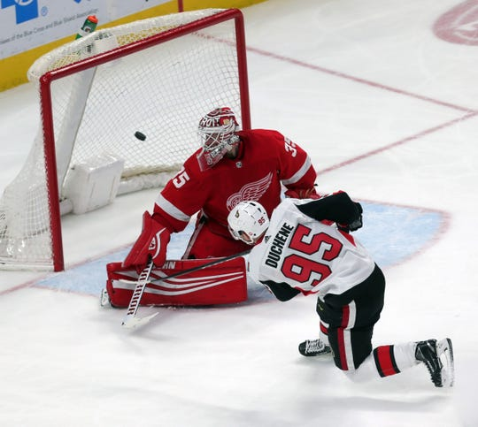 Ottawa Senators center Matt Duchene scores against Detroit Red Wings goalie Jimmy Howard during on Thursday, Feb. 14, 2019 at Little Caesars Arena in Detroit