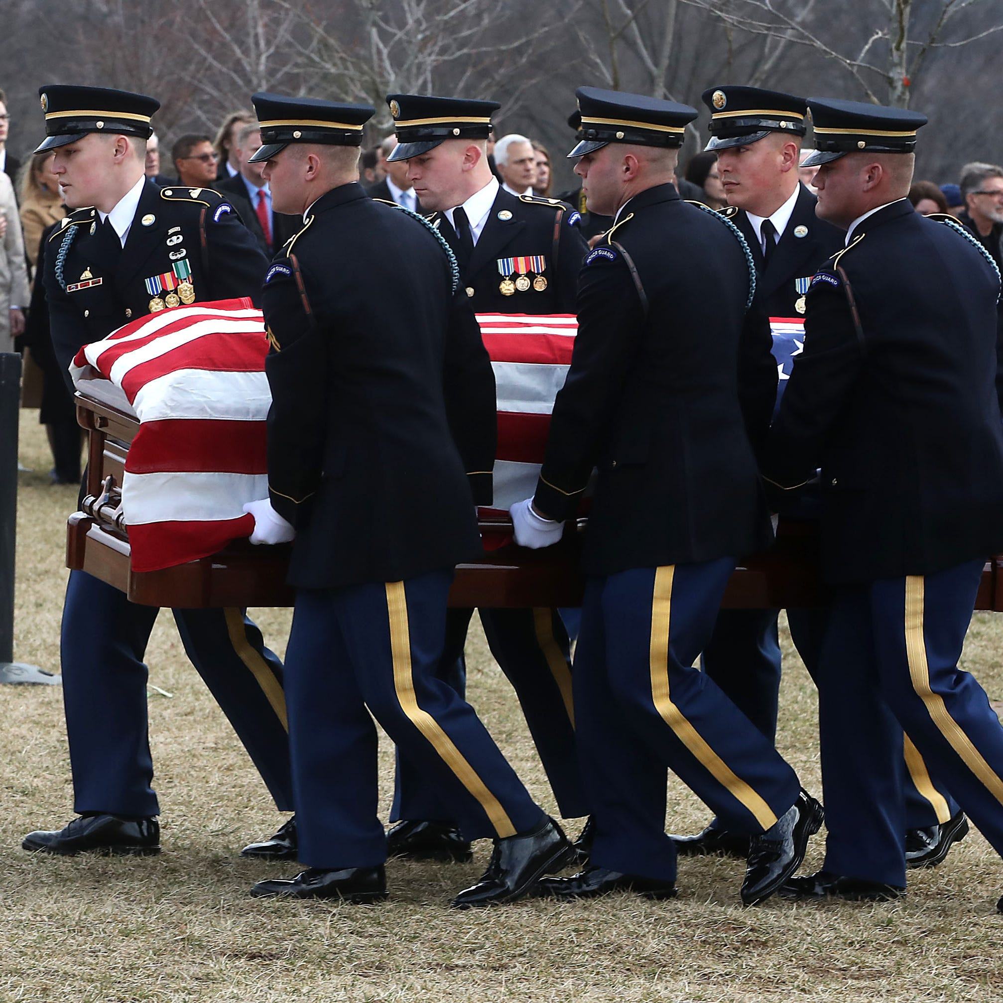 John Dingell laid to rest in Arlington National Cemetery